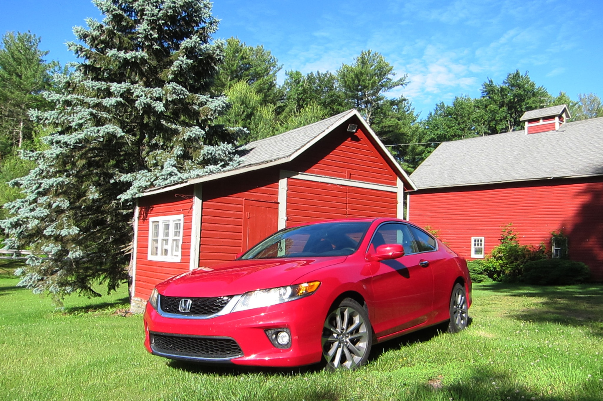 2014 Honda Accord Coupe V6 Front Three Quarters With Barn1