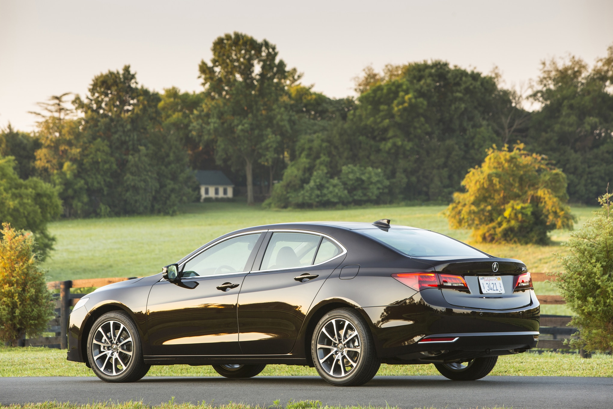 2015 acura tlx review. Black Bedroom Furniture Sets. Home Design Ideas