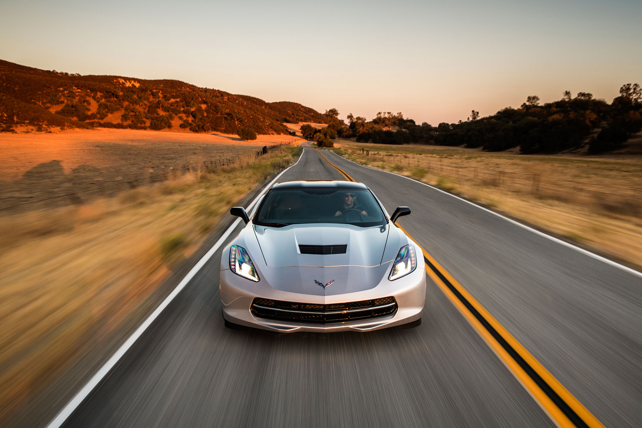 2015 chevrolet corvette stingray eight speed automatic review. Black Bedroom Furniture Sets. Home Design Ideas