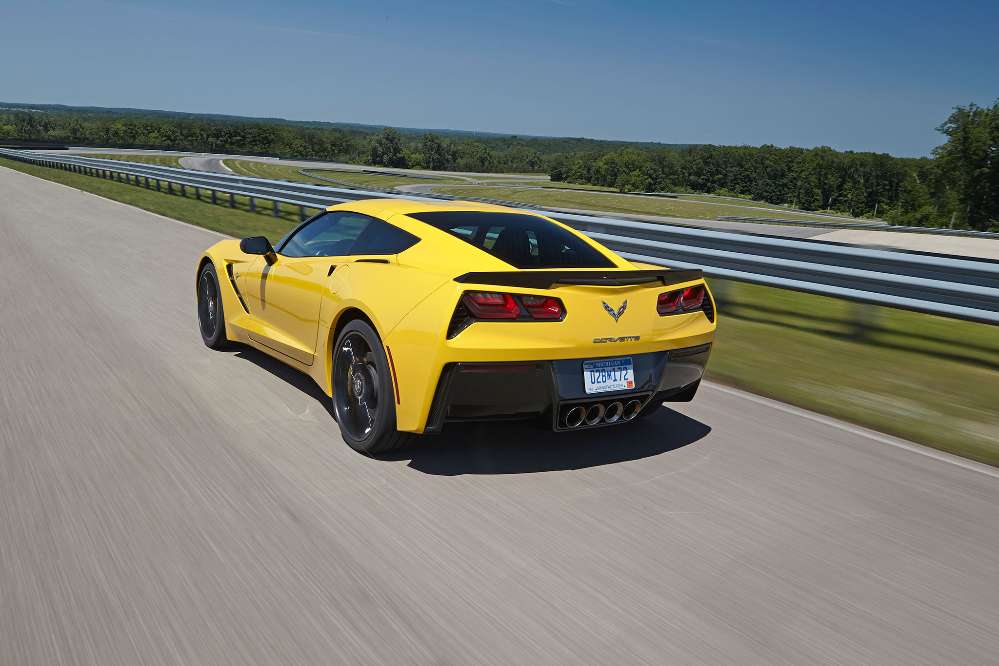 2015 chevrolet corvette stingray eight-speed automatic review