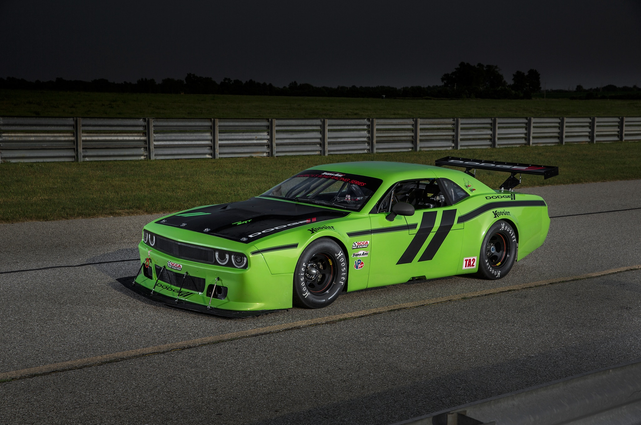 2015 Dodge Challenger SRT Trans Am Racecar Front Three Quarter1