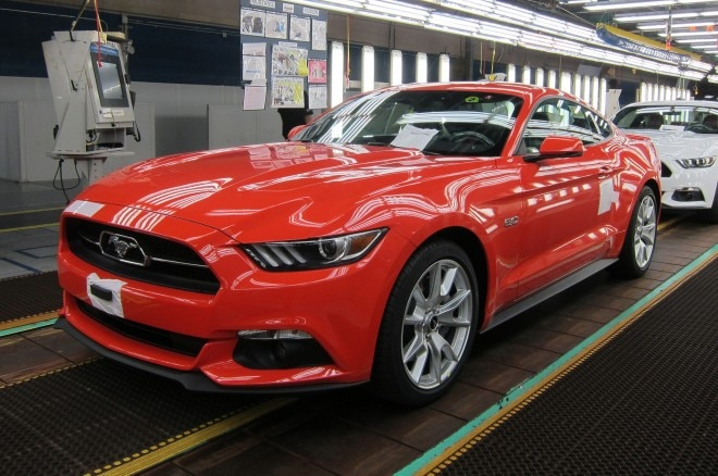2015 Ford Mustang GT On Assembly Line Red1 660x438