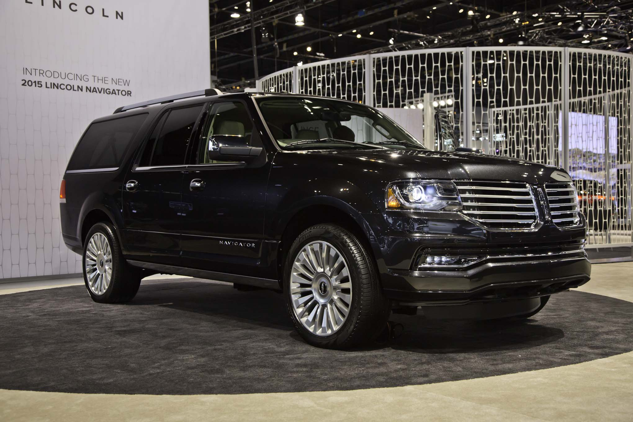 Report 2017 Lincoln Navigator Goes Aluminum MKZ Refreshed in 2015
