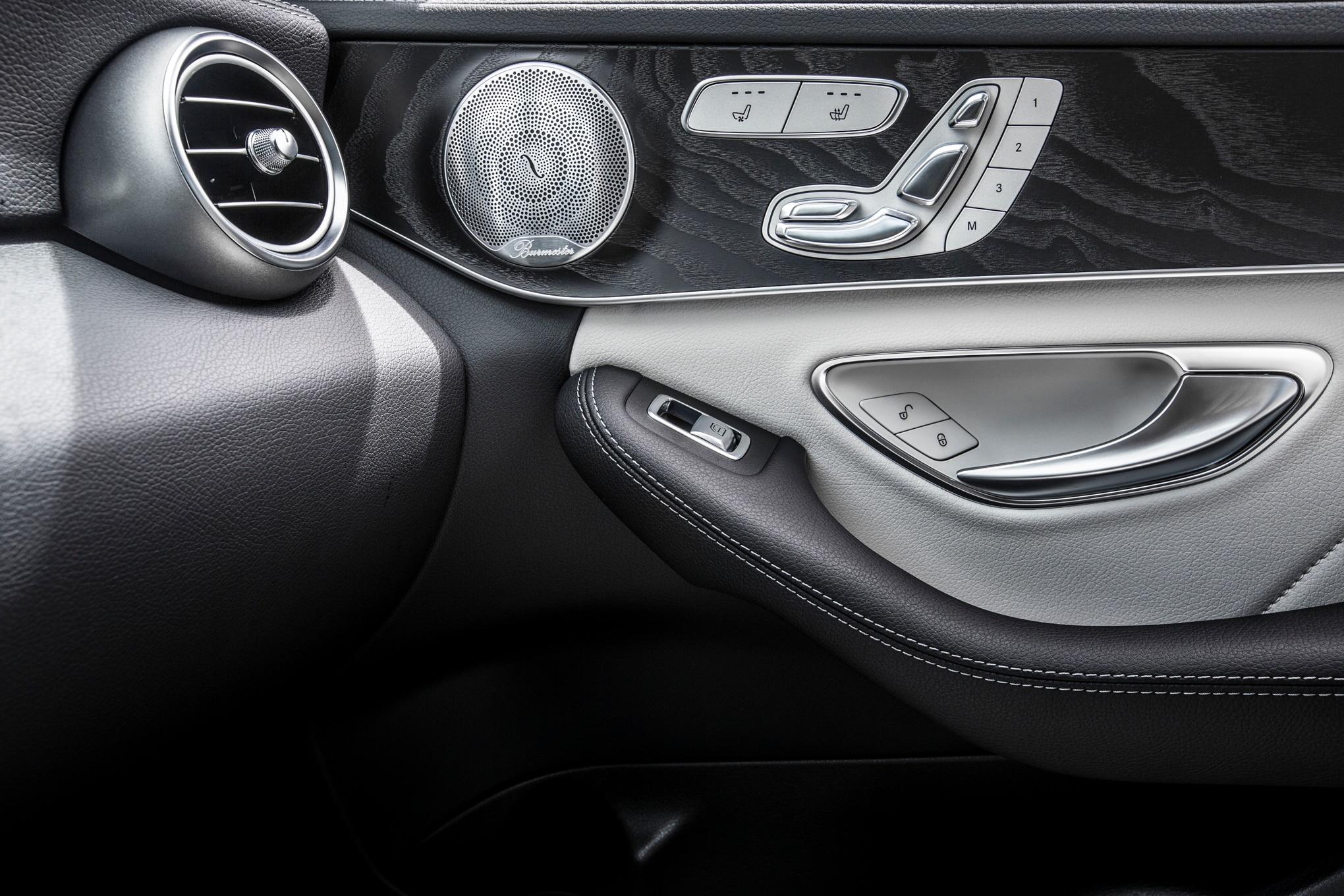 2015 mercedes benz c class review for Mercedes benz c class 2015 interior