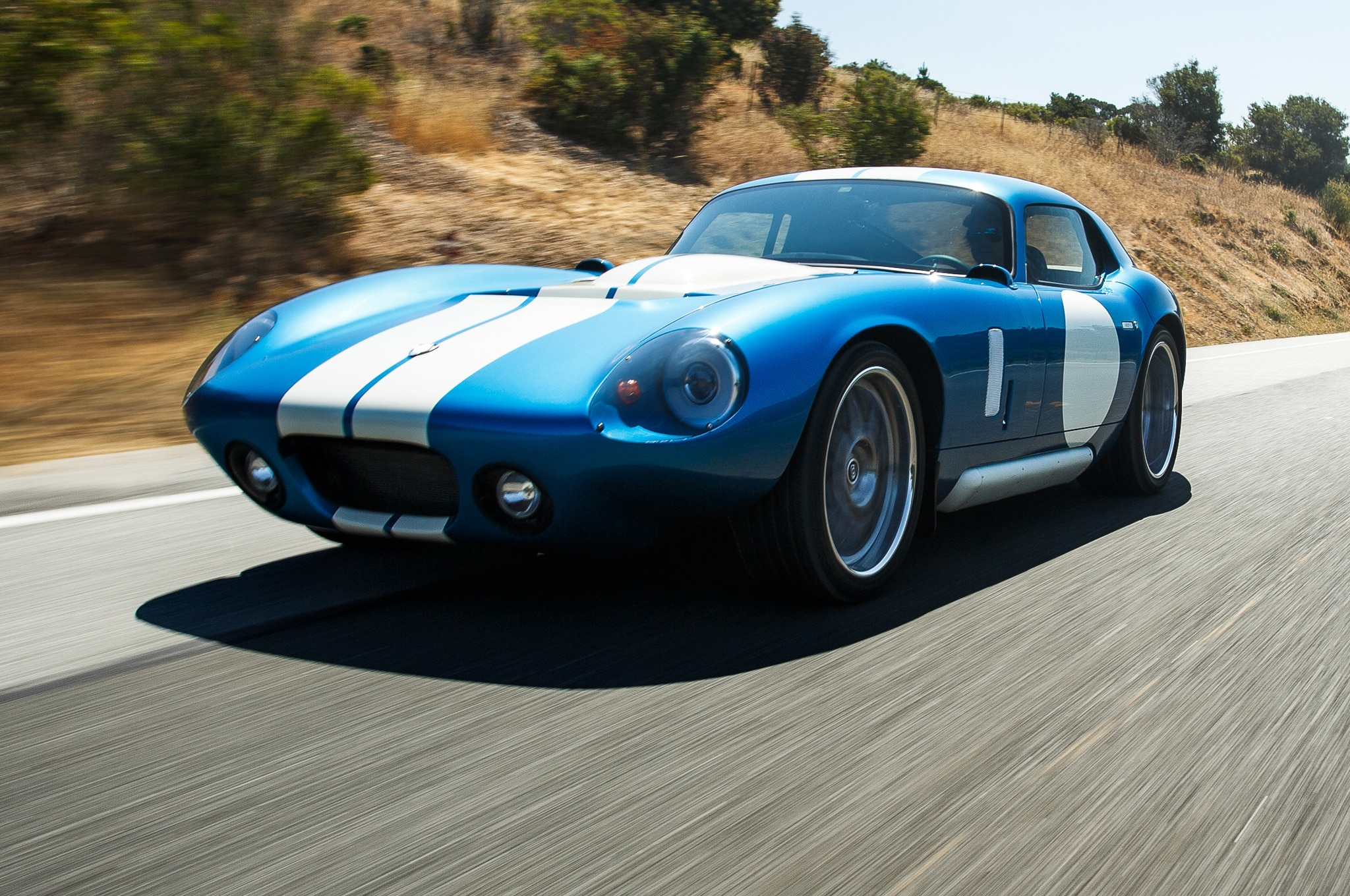 2015 Renovo Coupe In Motion Closer View1