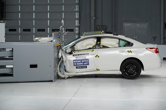 2015 Subaru Legacy IIHS Small Overlap Test During1 660x438