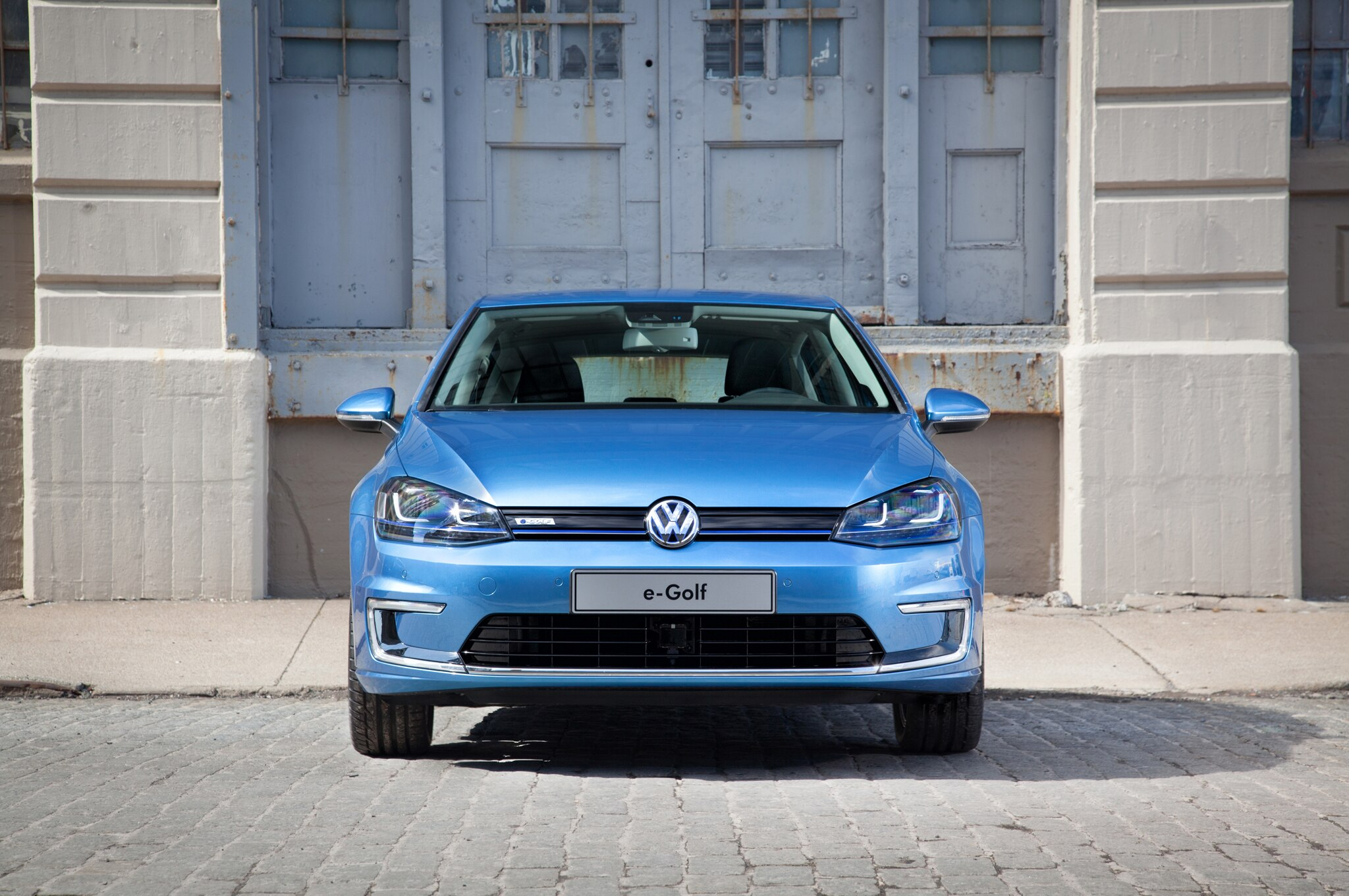 2015 Volkswagen E Golf Front End1