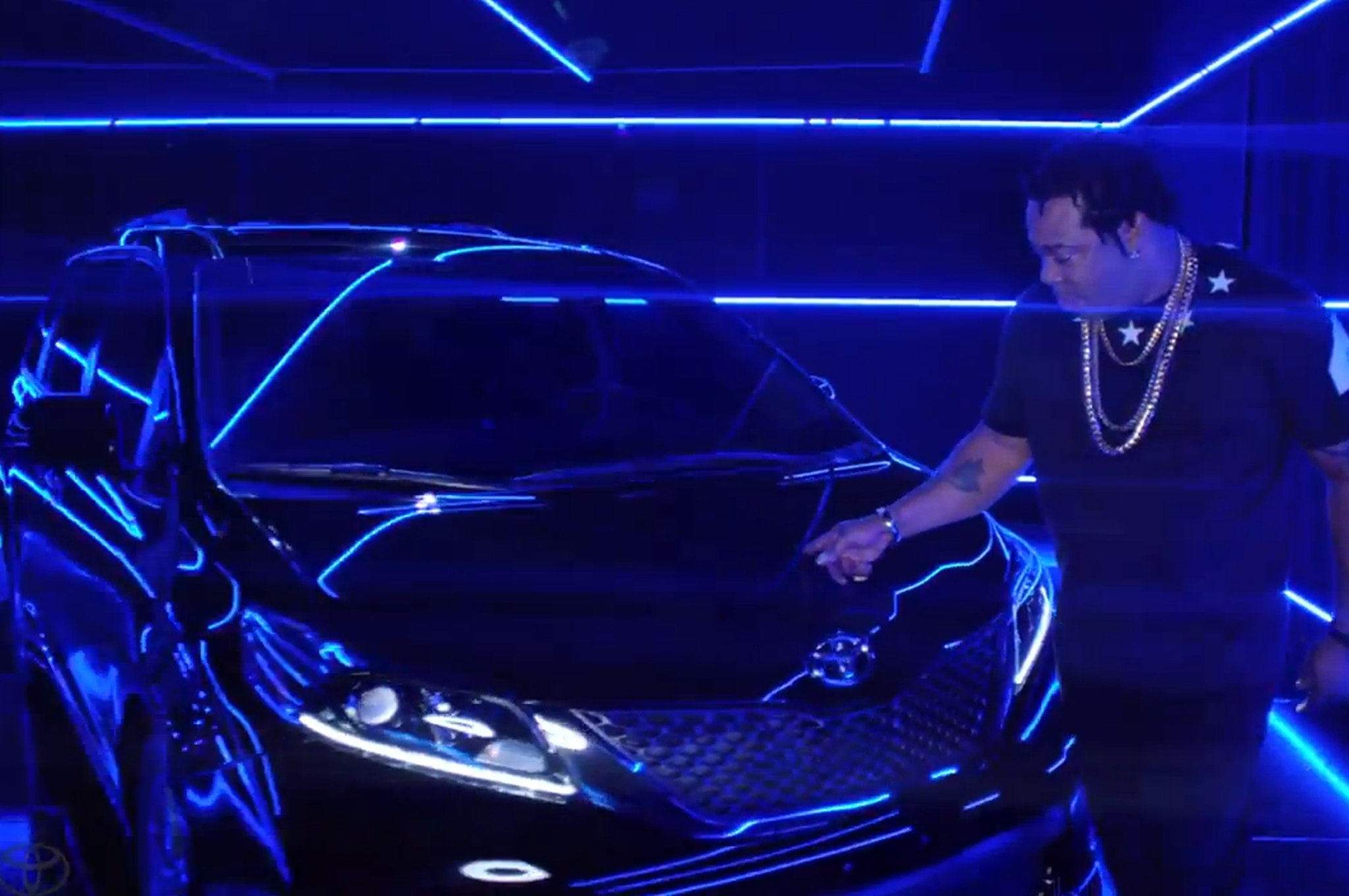2015 Toyota Sienna Swagger Wagon Video Busta Rhymes1