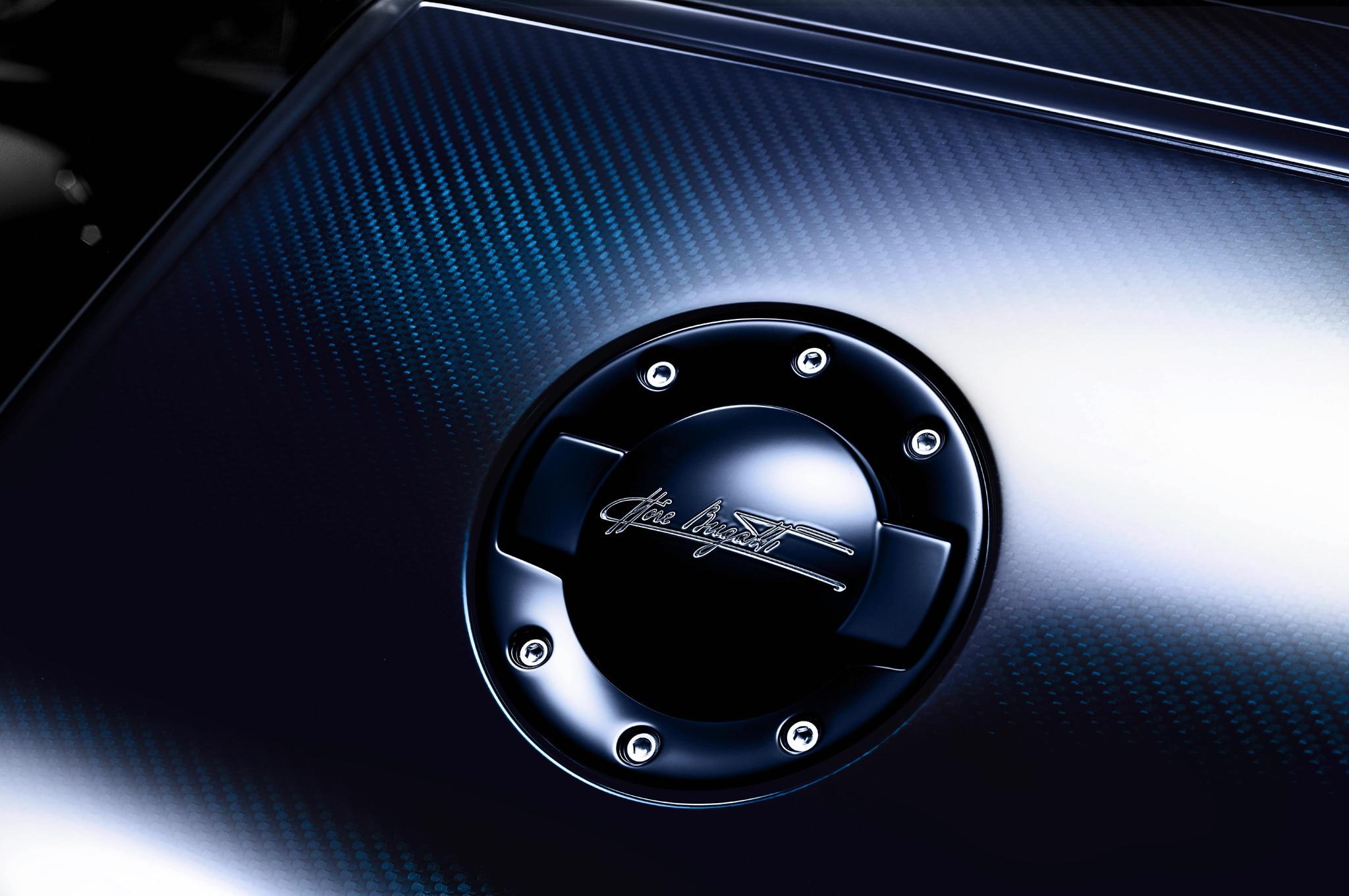 bugatti veyron ettore bugatti heads to pebble beach. Black Bedroom Furniture Sets. Home Design Ideas