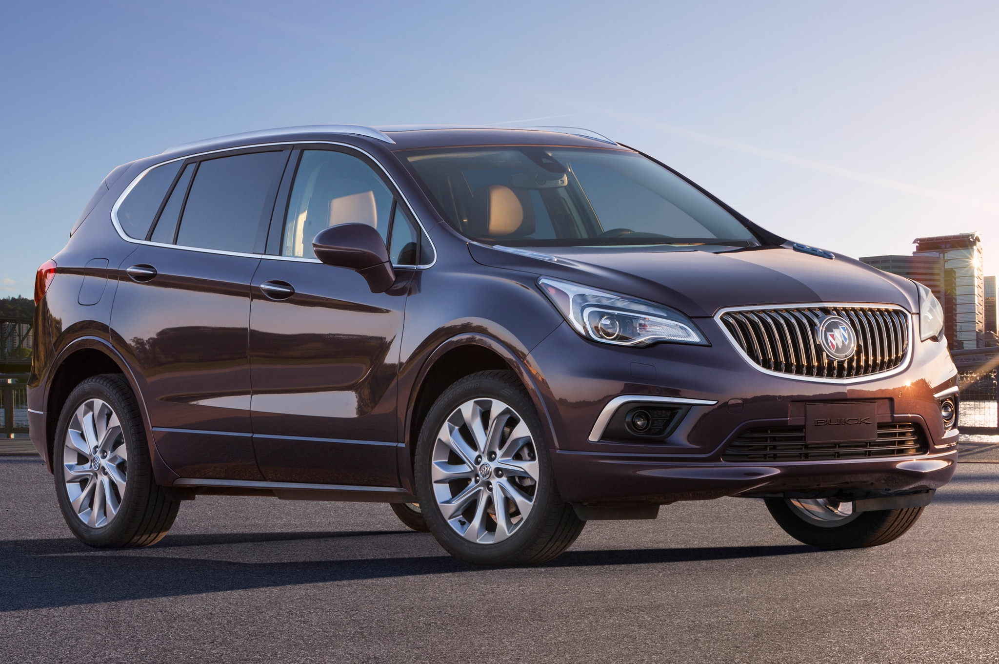 Buick Envision Chinese Spec Front Three Quarter