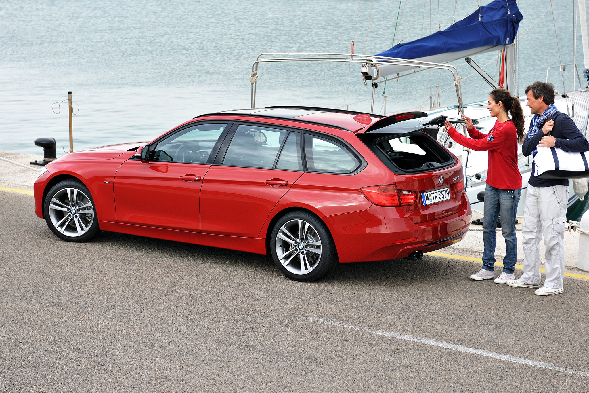 the quest for the perfect pre owned bmw 3 series wagon automobile magazine. Black Bedroom Furniture Sets. Home Design Ideas