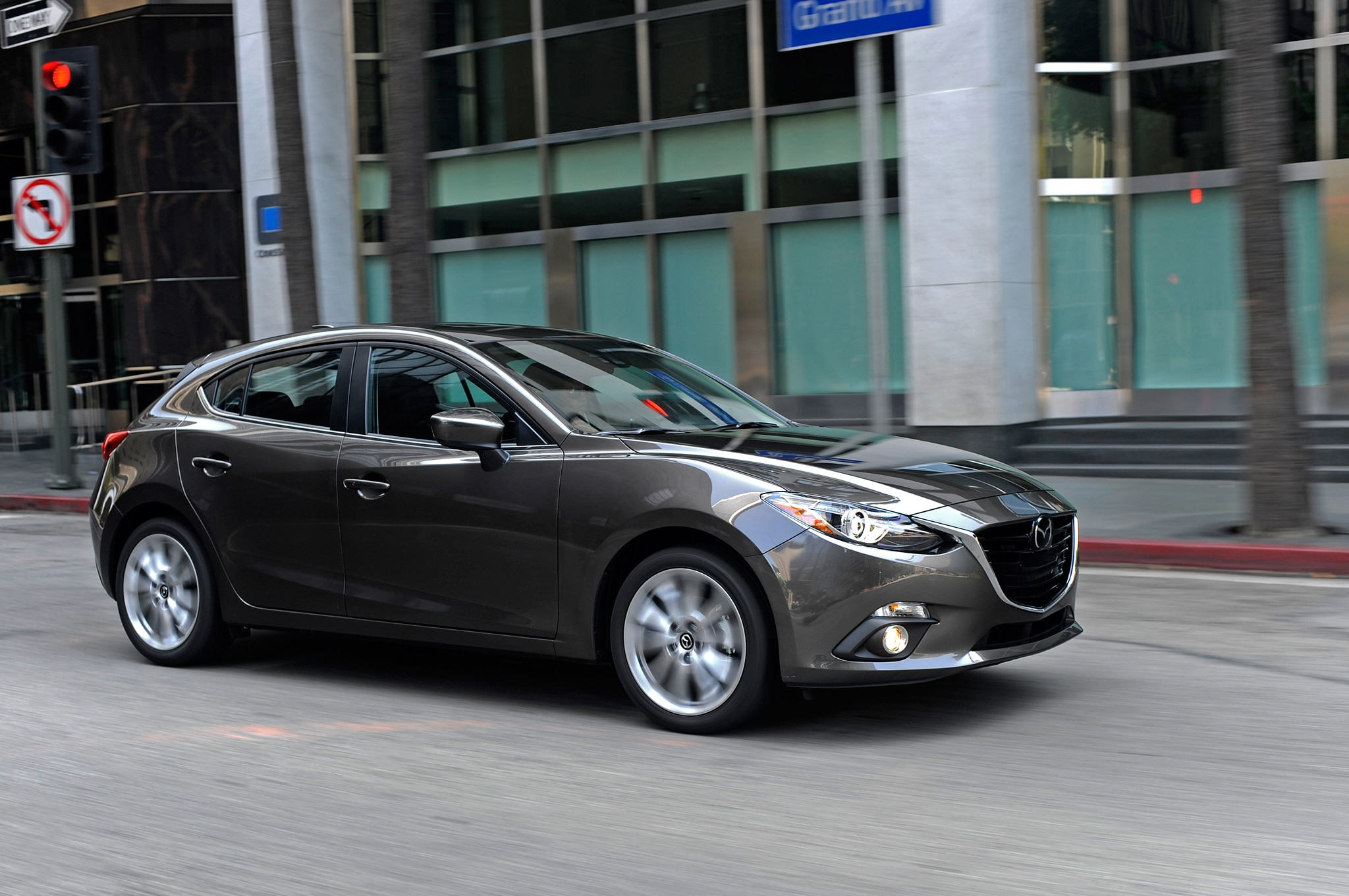 2015 mazda 3 updated gains manual transmission for 2 5l engine. Black Bedroom Furniture Sets. Home Design Ideas