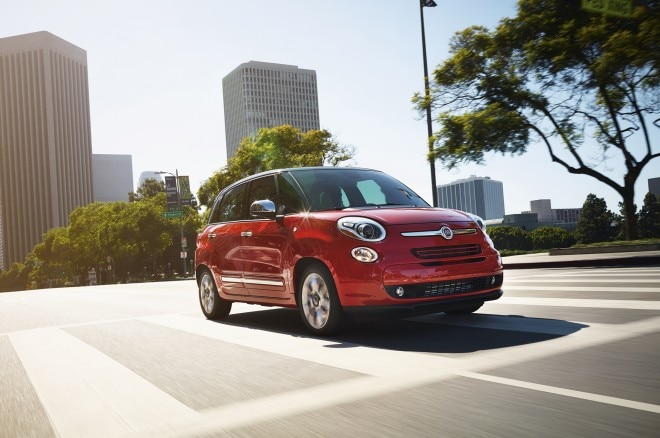 2015 Fiat 500L Lounge Front Three Quarter1 660x438