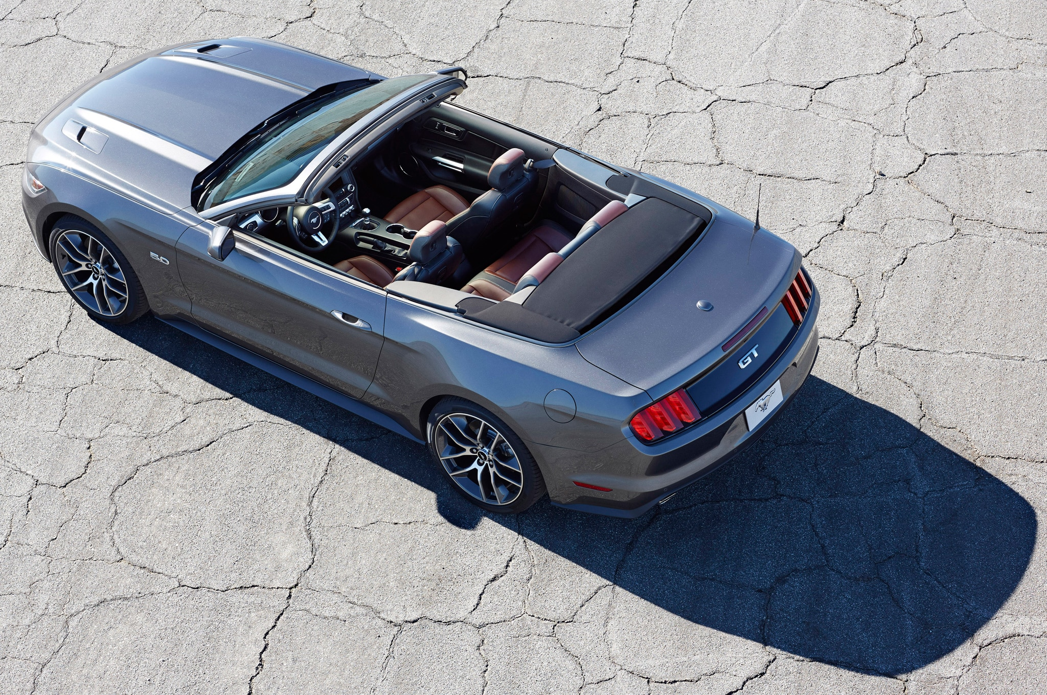 2015 ford mustang review. Black Bedroom Furniture Sets. Home Design Ideas