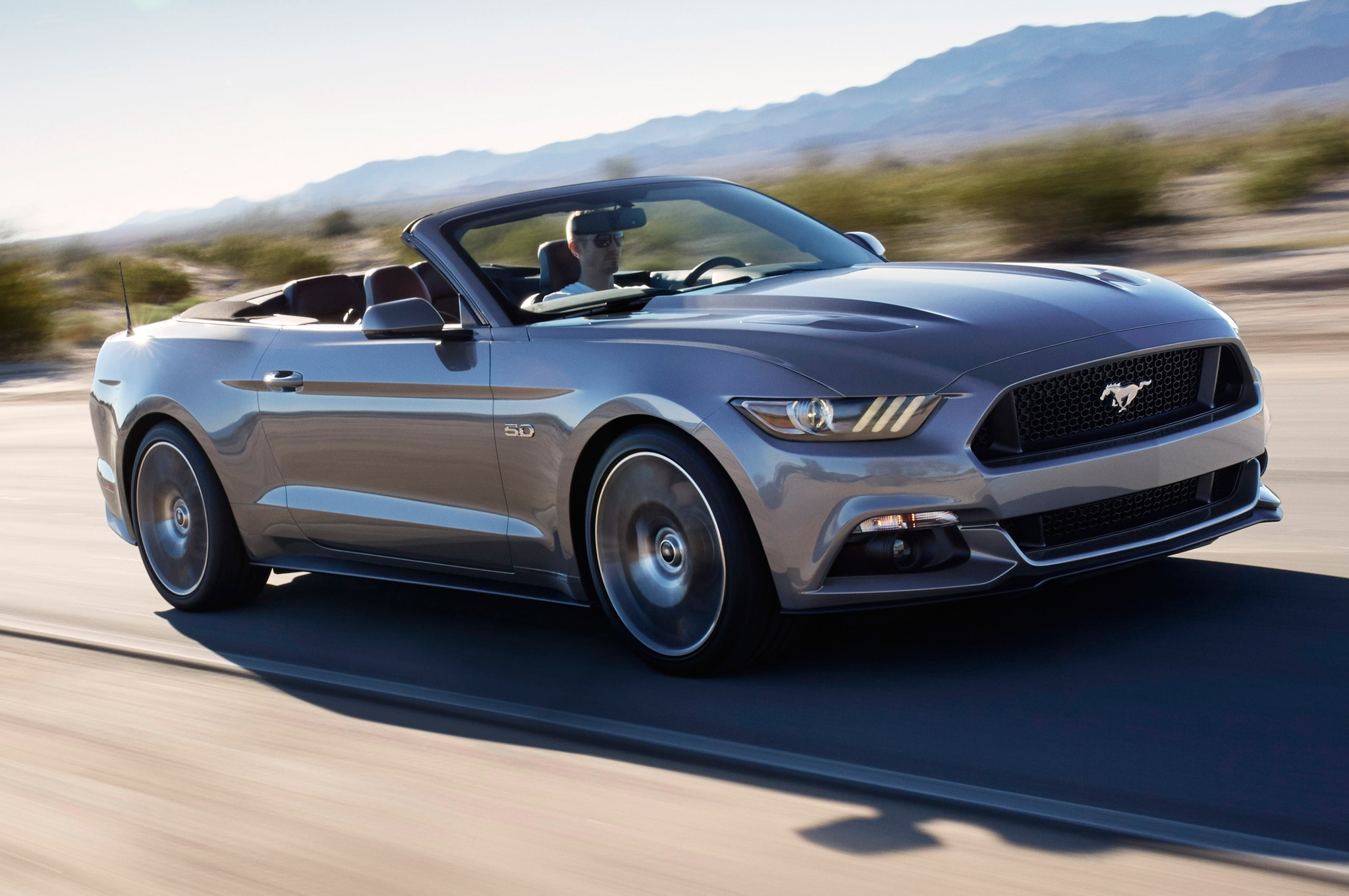 show more - 2015 Ford Mustang Gt Convertible White
