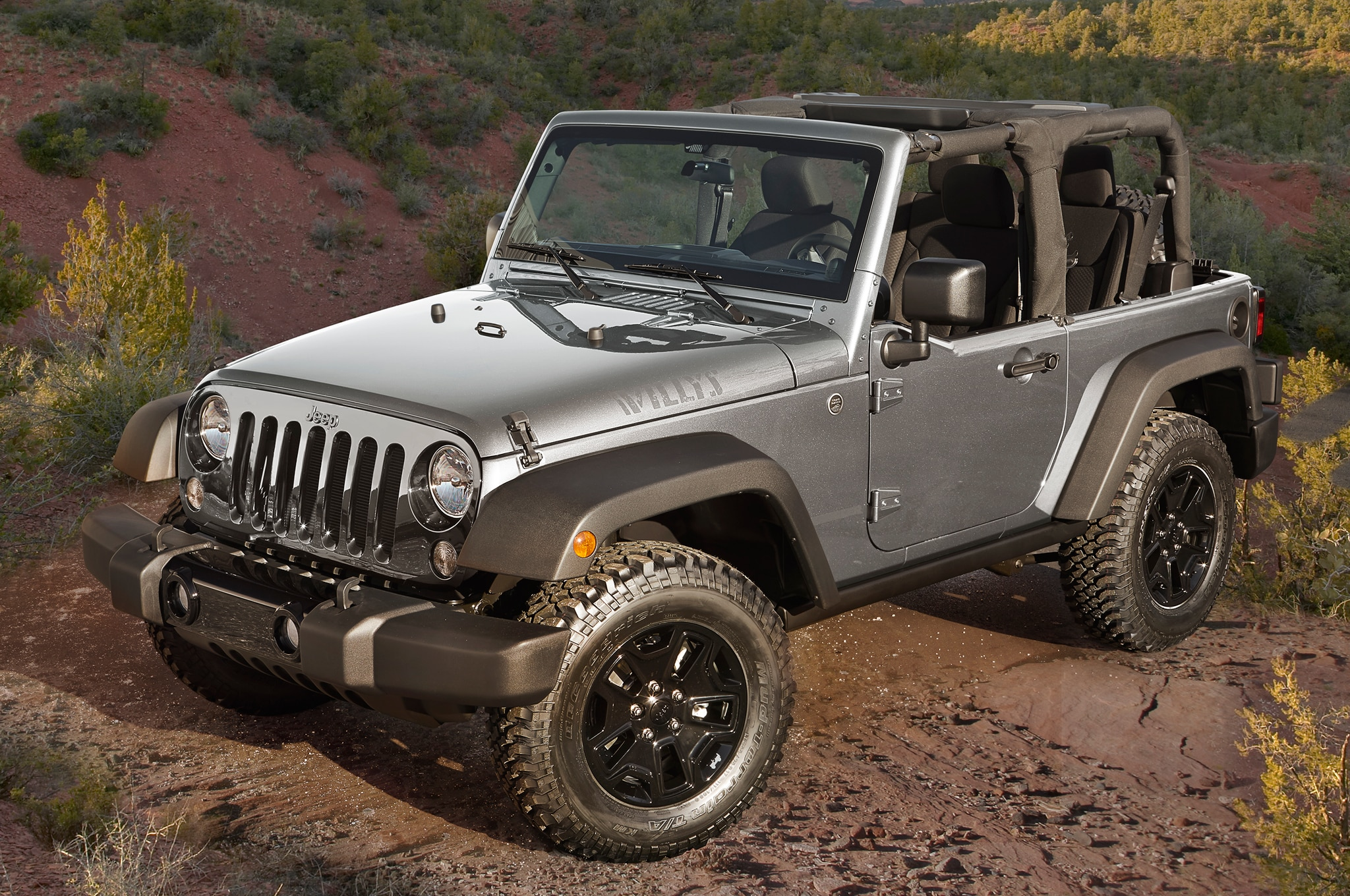 2015 Jeep Wrangler Willys Wheeler Edition Front Three Quarter1