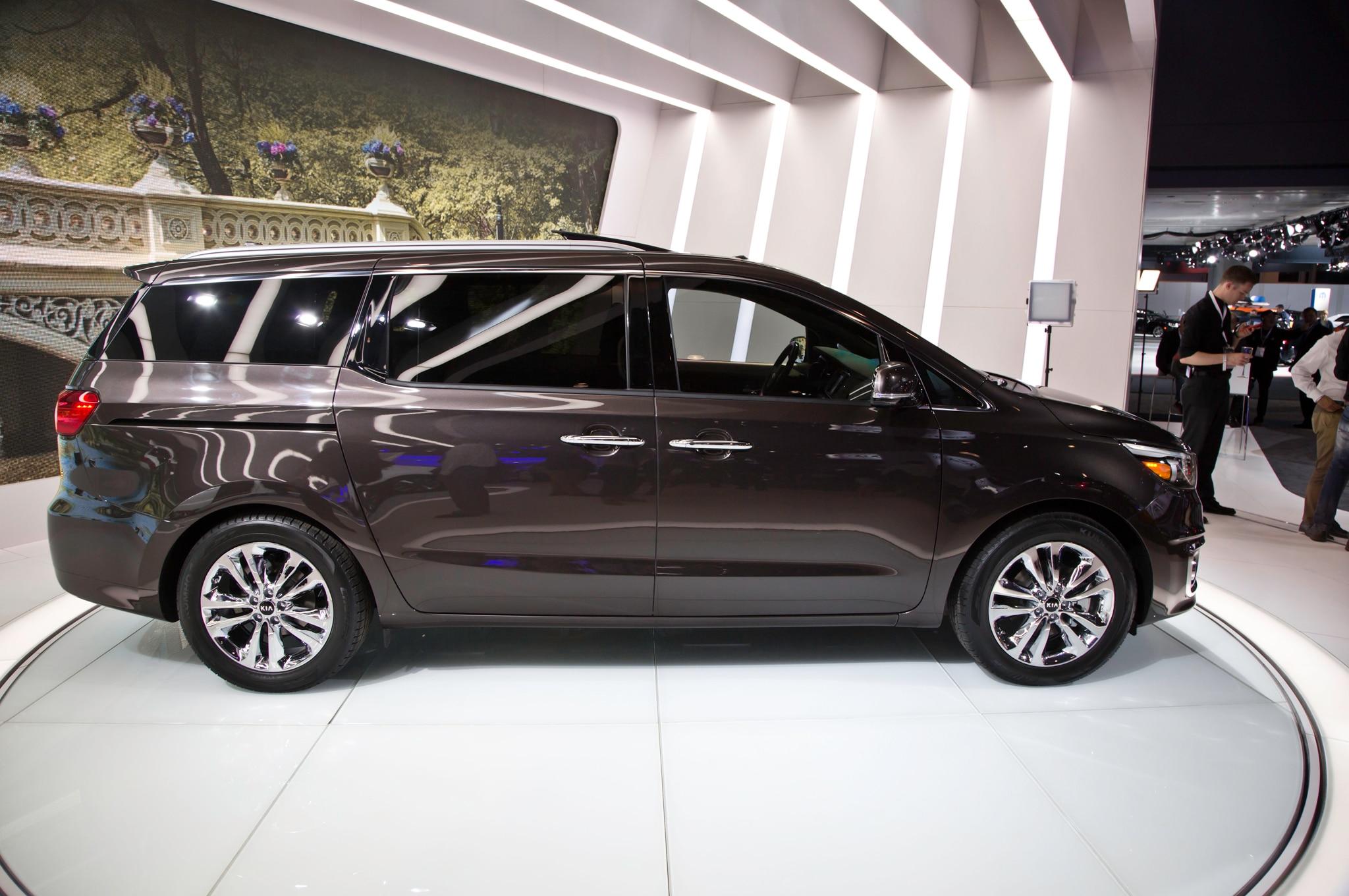 2015 Kia Sedona Pricing Fuel Economy Announced