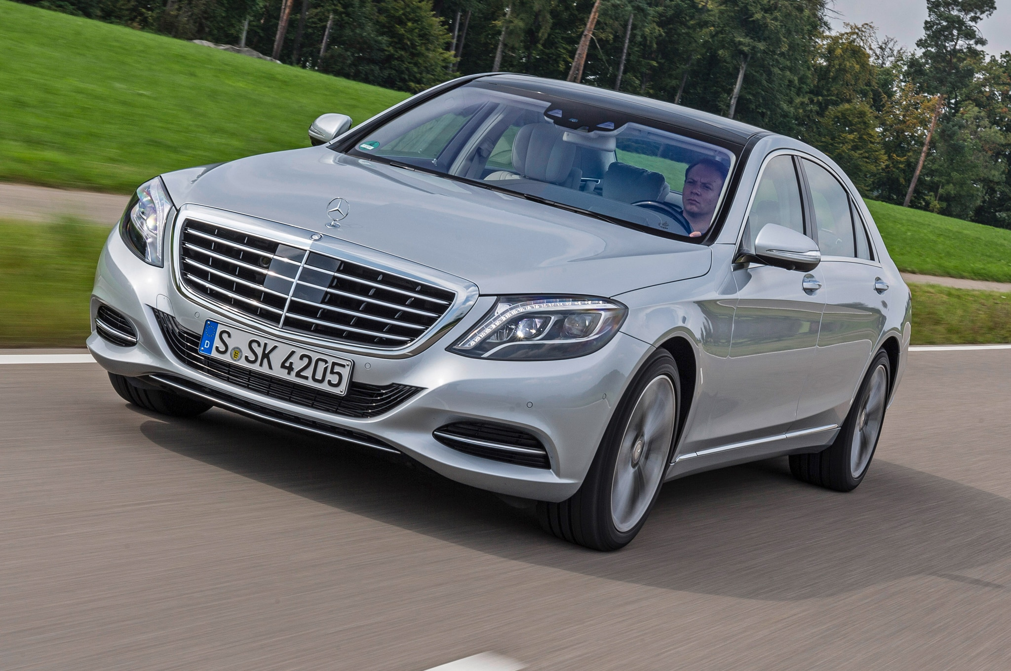 show more - S550 Plug In Hybrid