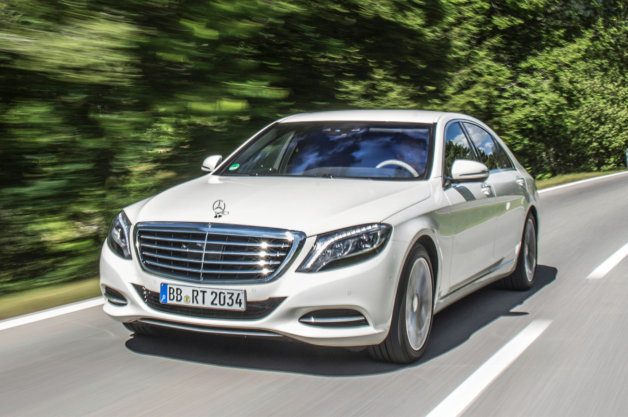 Image gallery 2015 benz s550 for Mercedes benz 2015 s550