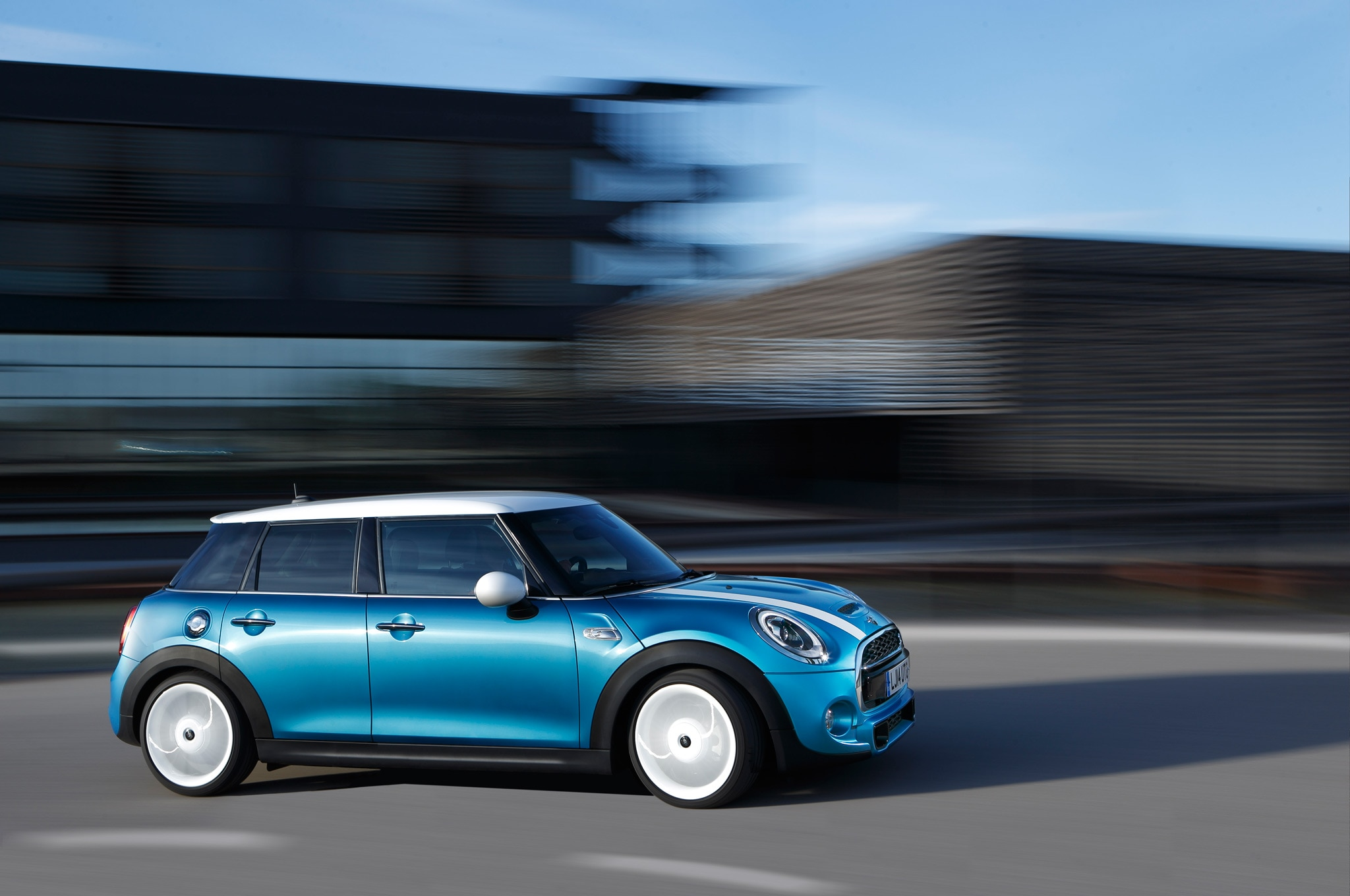 2015 Mini Cooper Hardtop 4-Door Review