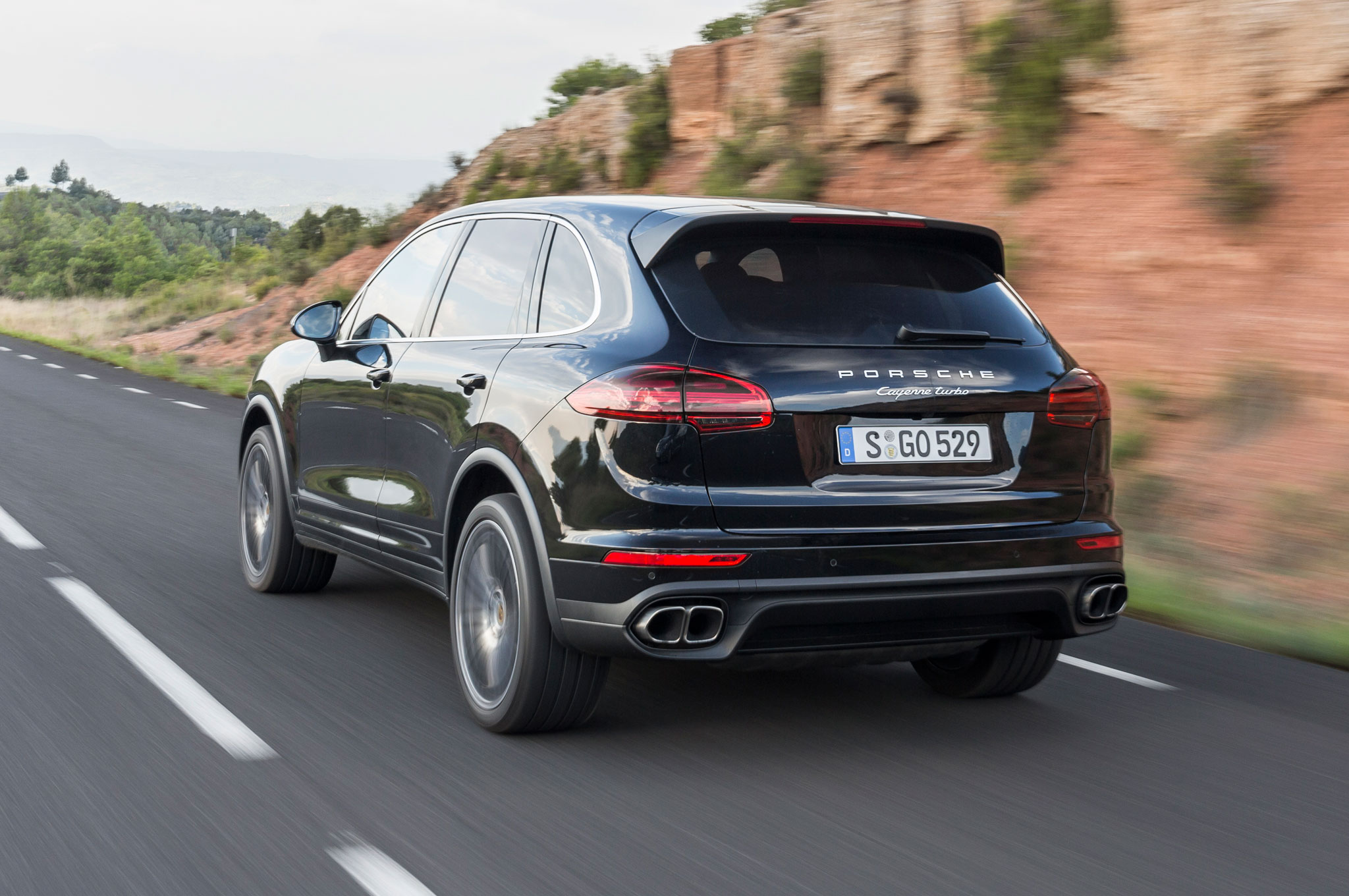 2015 porsche cayenne s turbo review