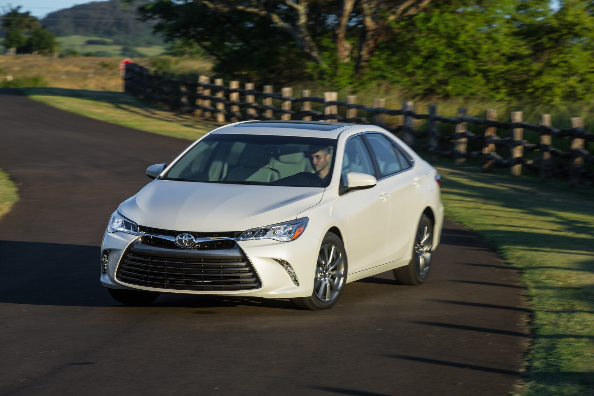 le at sale inventory singer auto for camry sales oh details toyota caldwell in