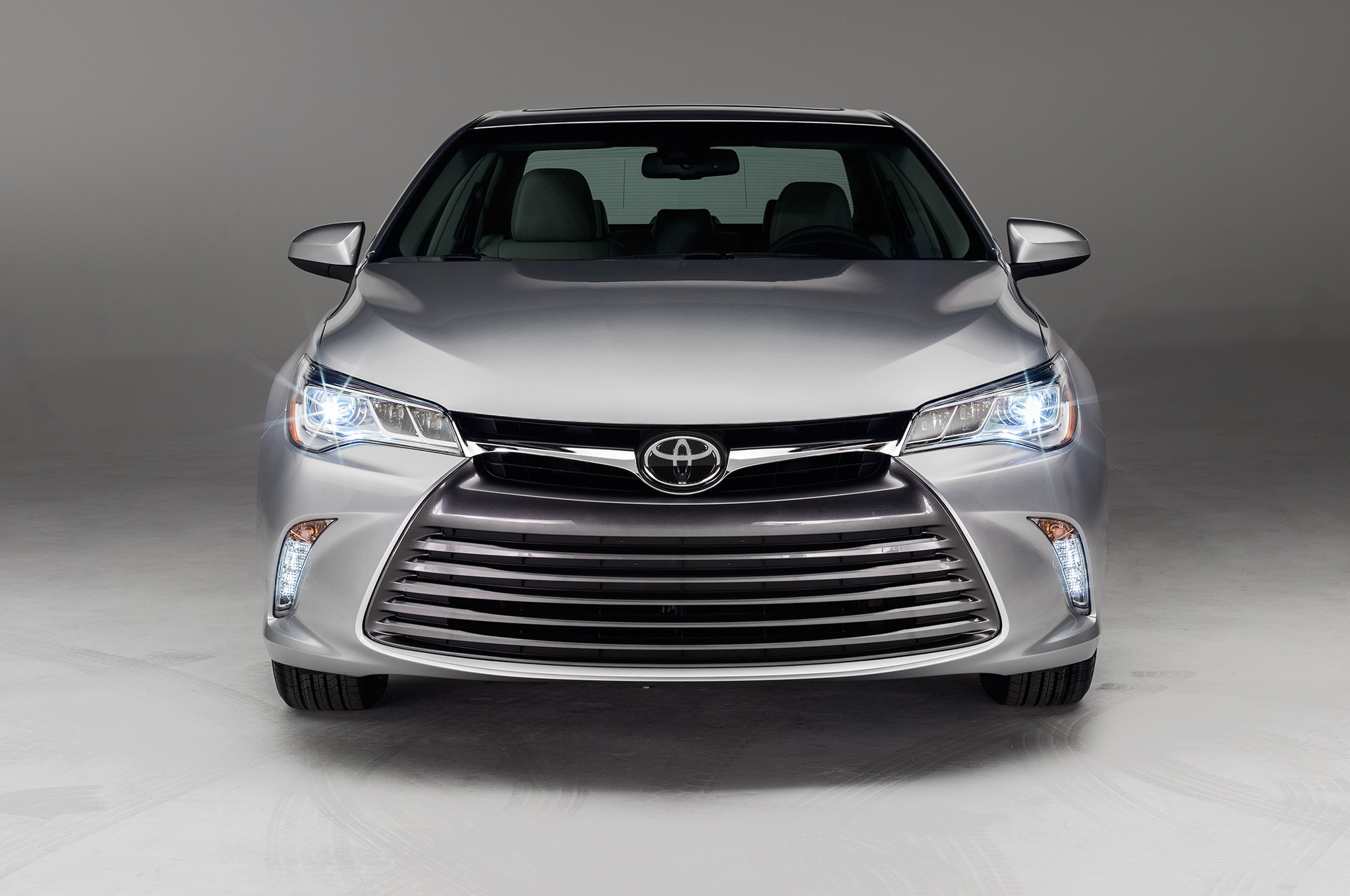 2015 Toyota Camry XLE front view lights on sing ligth wiring diagram camry 2015 conventional fire alarm 2015 Toyota Camry Spare Tire Location at bakdesigns.co