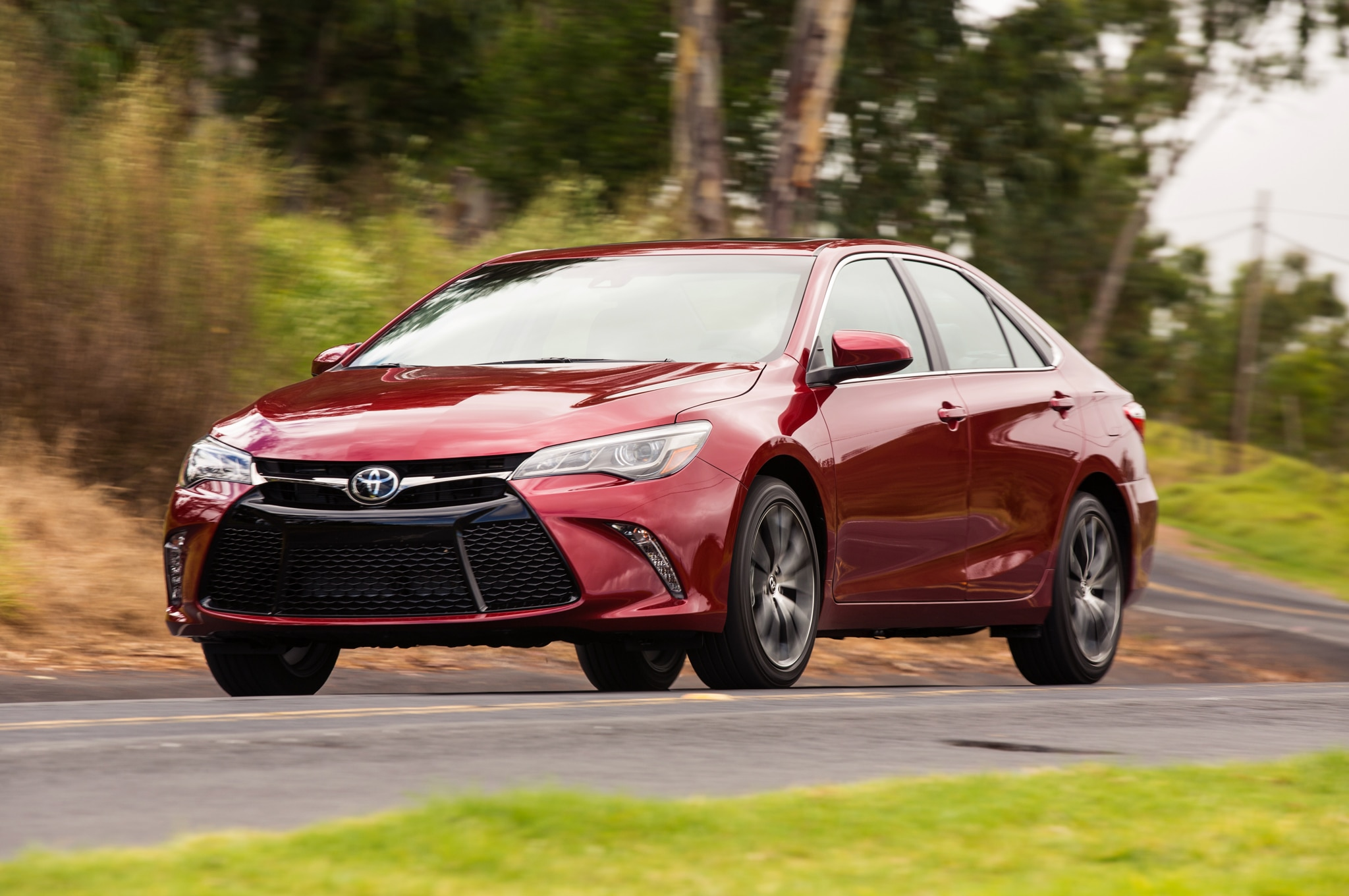 2015 Toyota Camry Review Photo Gallery