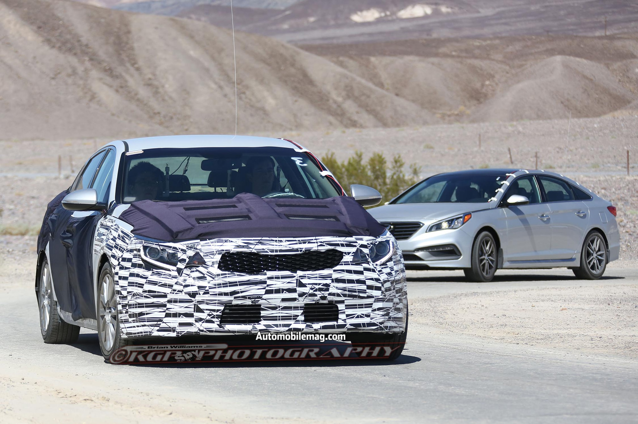 2016 kia optima spied in the desert. Black Bedroom Furniture Sets. Home Design Ideas