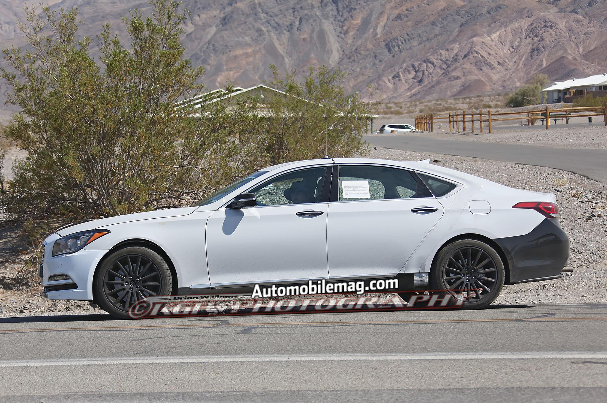 next in the spy equus spied photos should three news front debut quarter hyundai prototype