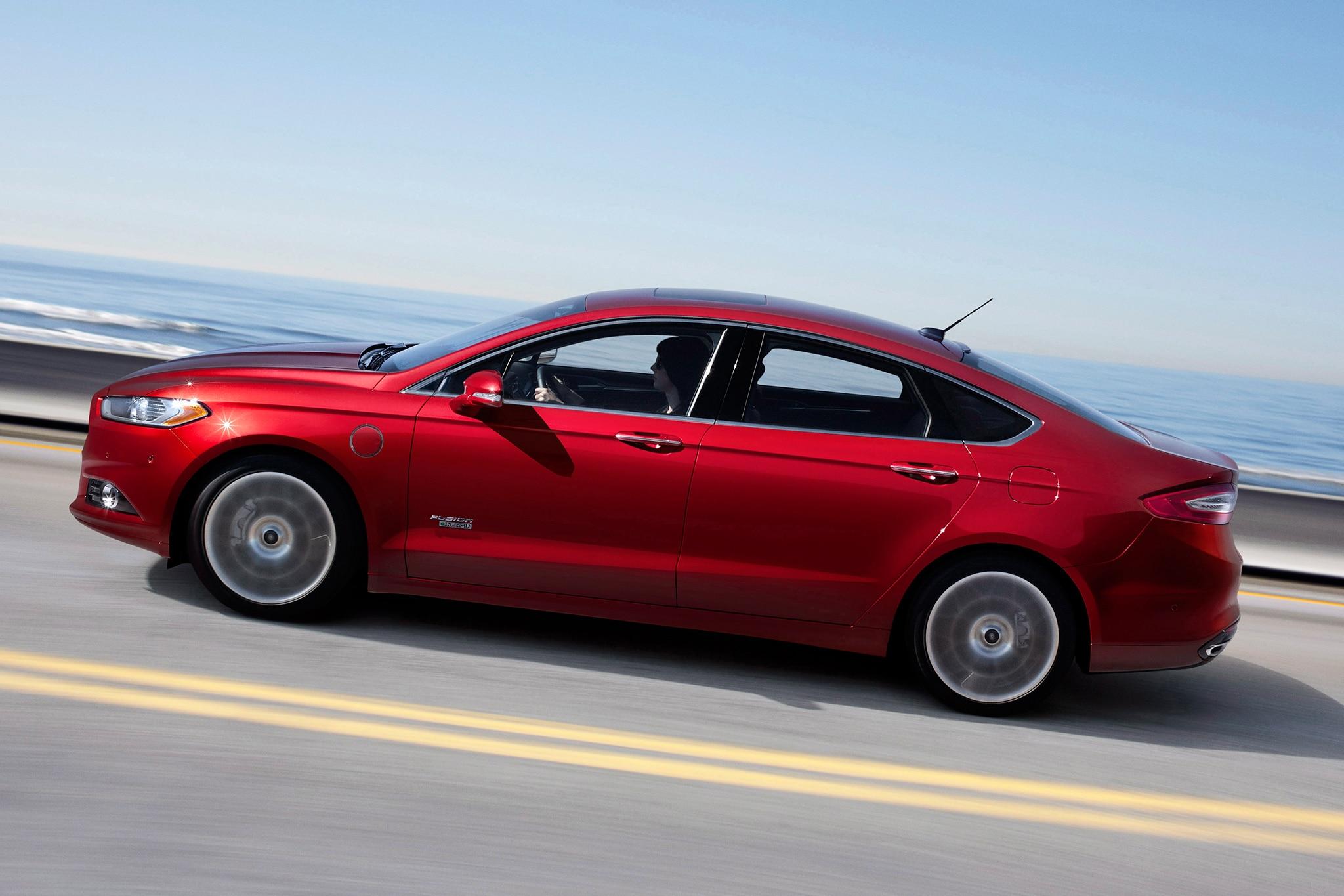 Chrysler Ford Issue Recalls For Supplemental Restraint Module