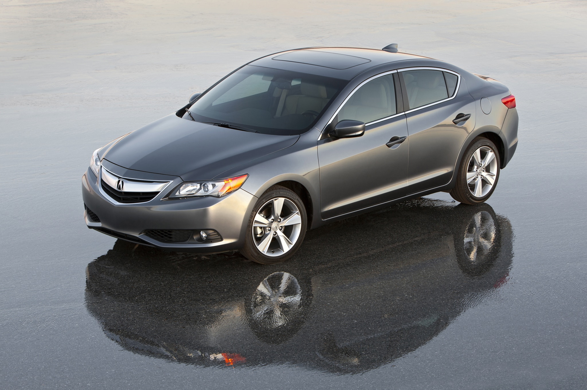 2016 acura ilx teased for l a show introduction. Black Bedroom Furniture Sets. Home Design Ideas