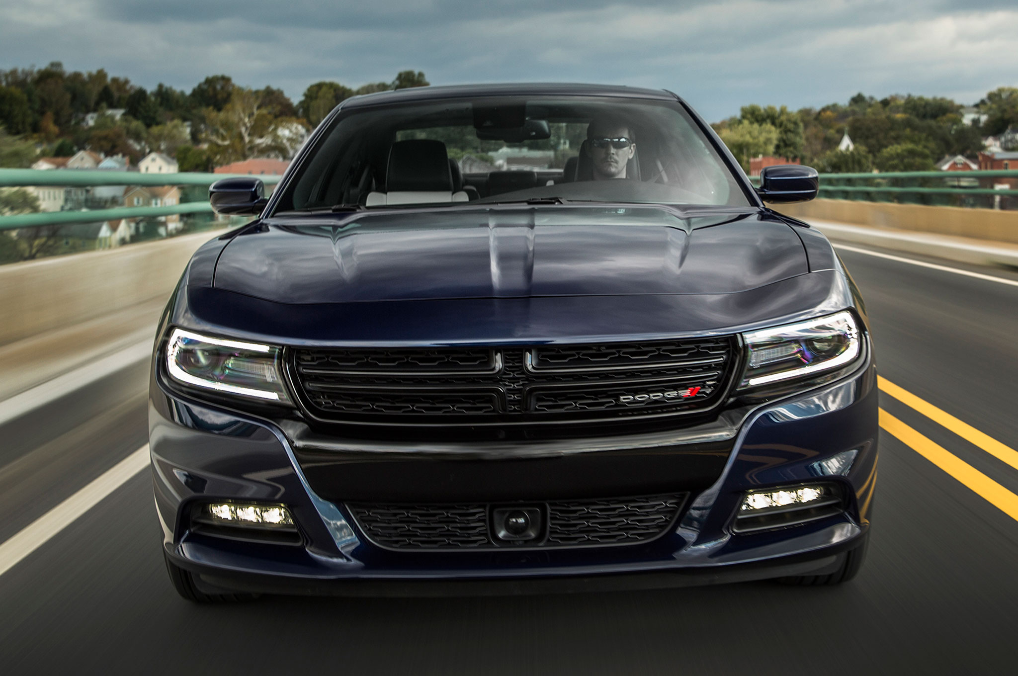 2015 dodge charger sxt r t and srt 392 review. Black Bedroom Furniture Sets. Home Design Ideas