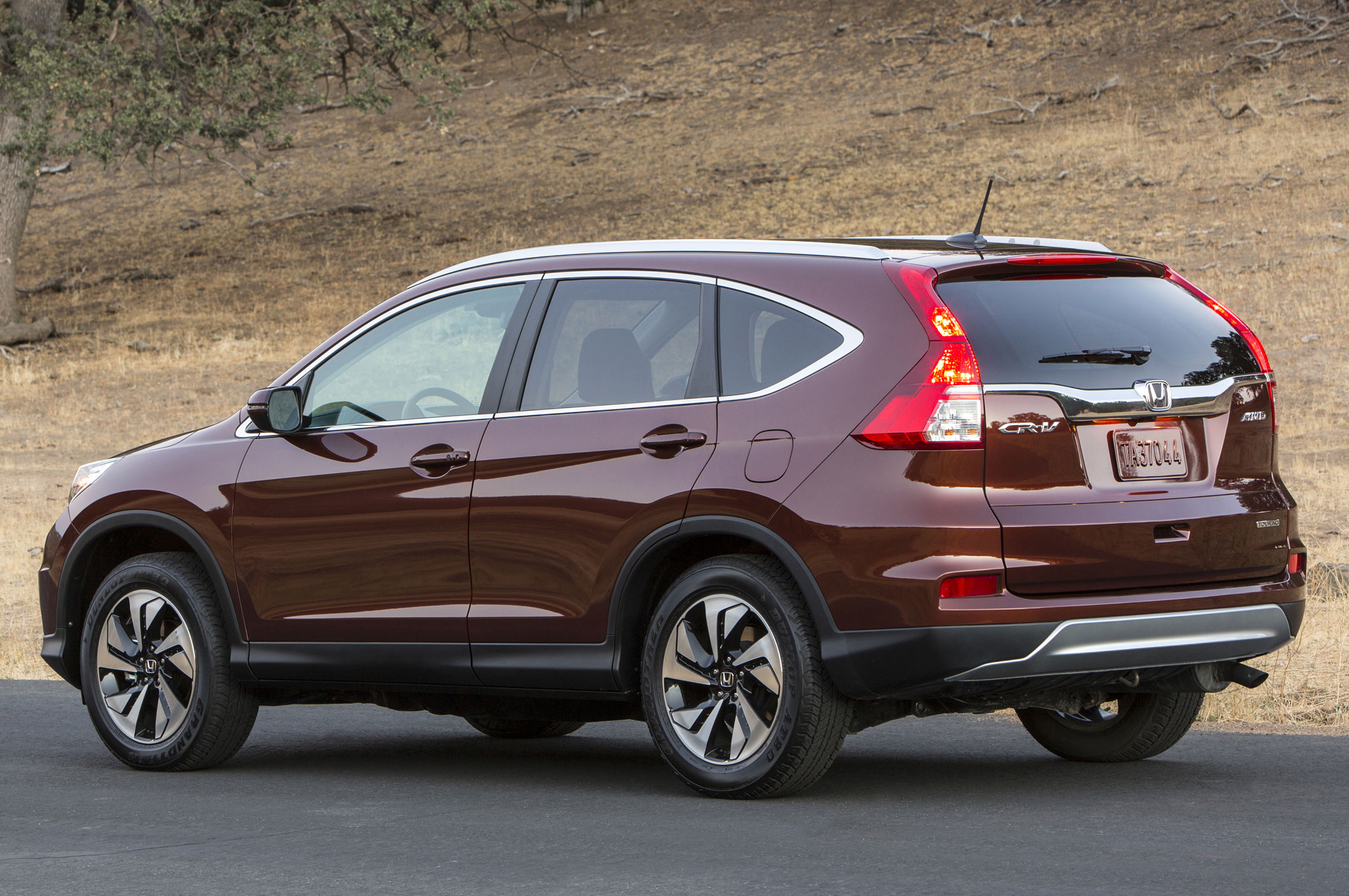 2015 honda cr v wins motor trend suv of the year. Black Bedroom Furniture Sets. Home Design Ideas