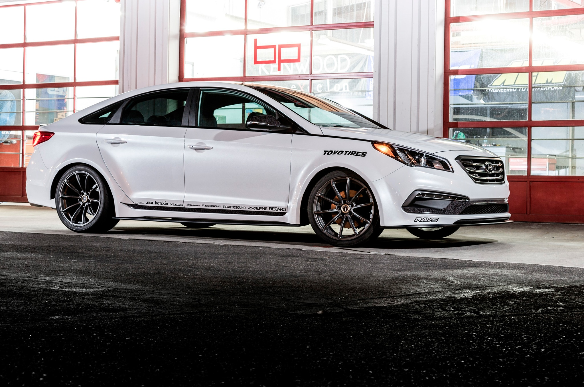 jp edition 2015 hyundai sonata turbo revealed for sema. Black Bedroom Furniture Sets. Home Design Ideas