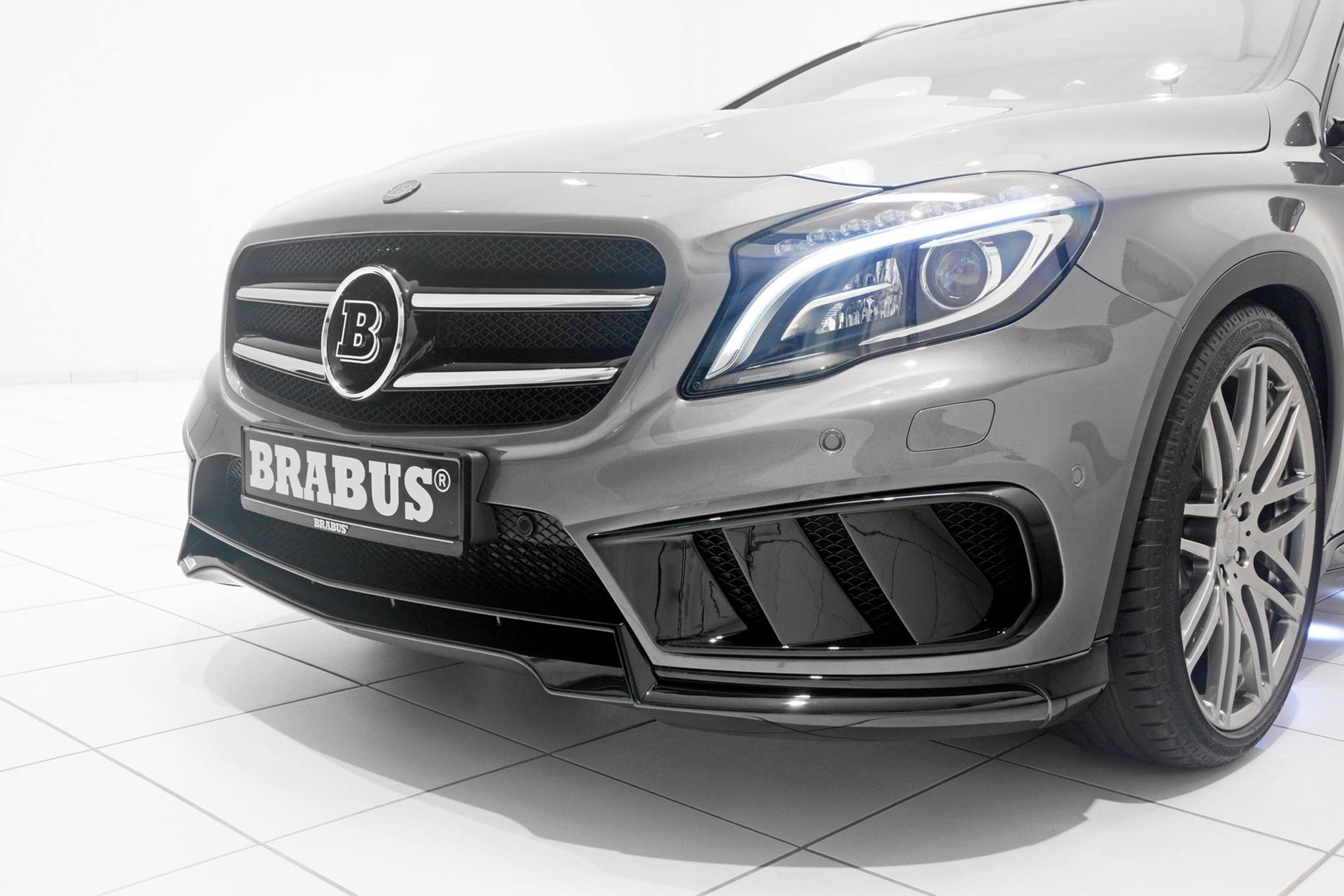 Brabus tunes 2015 mercedes benz gla45 amg to 394 hp for Mercedes benz amg kit