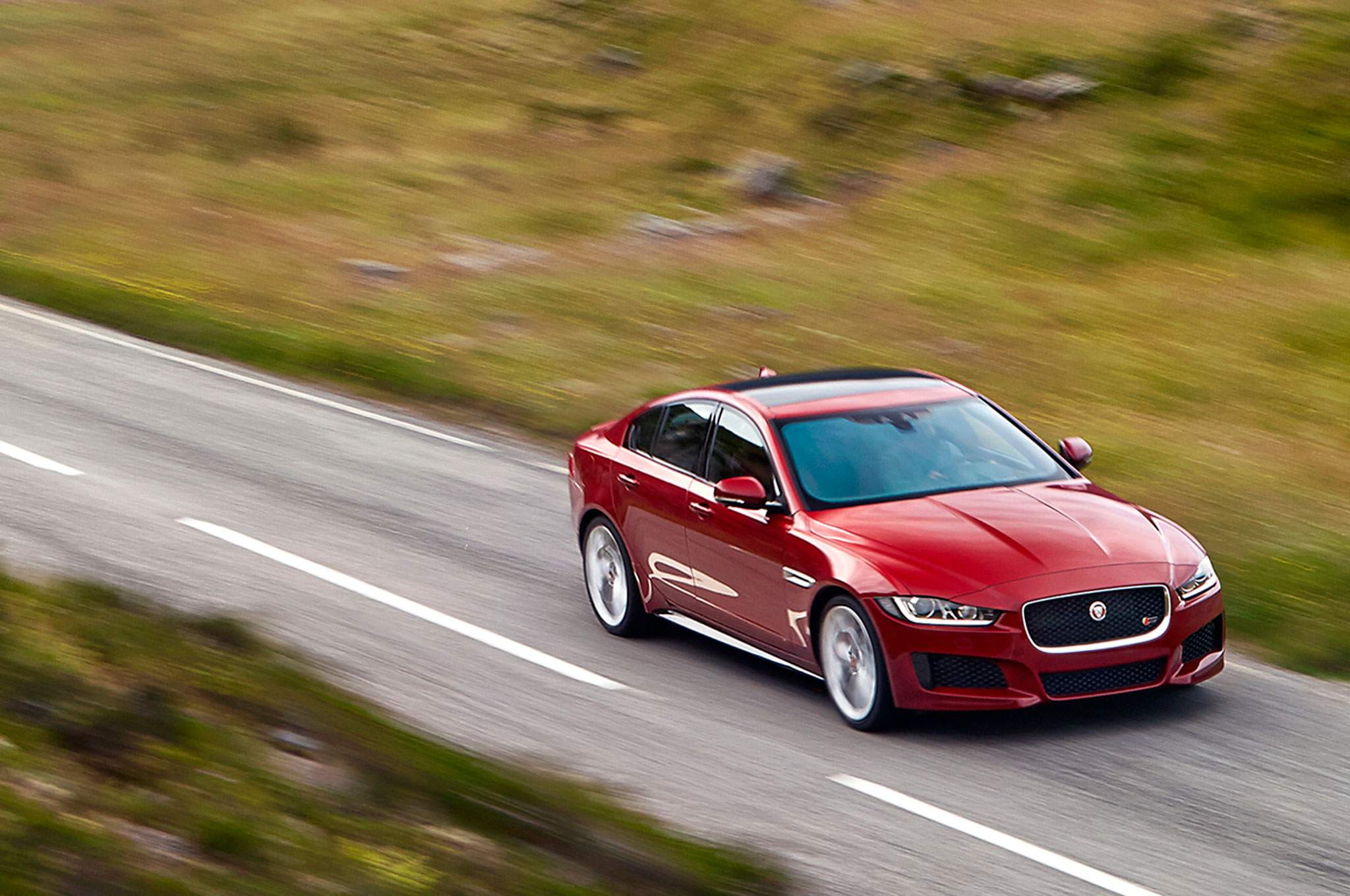 2017 jaguar xe configurator goes live still no pricing. Black Bedroom Furniture Sets. Home Design Ideas