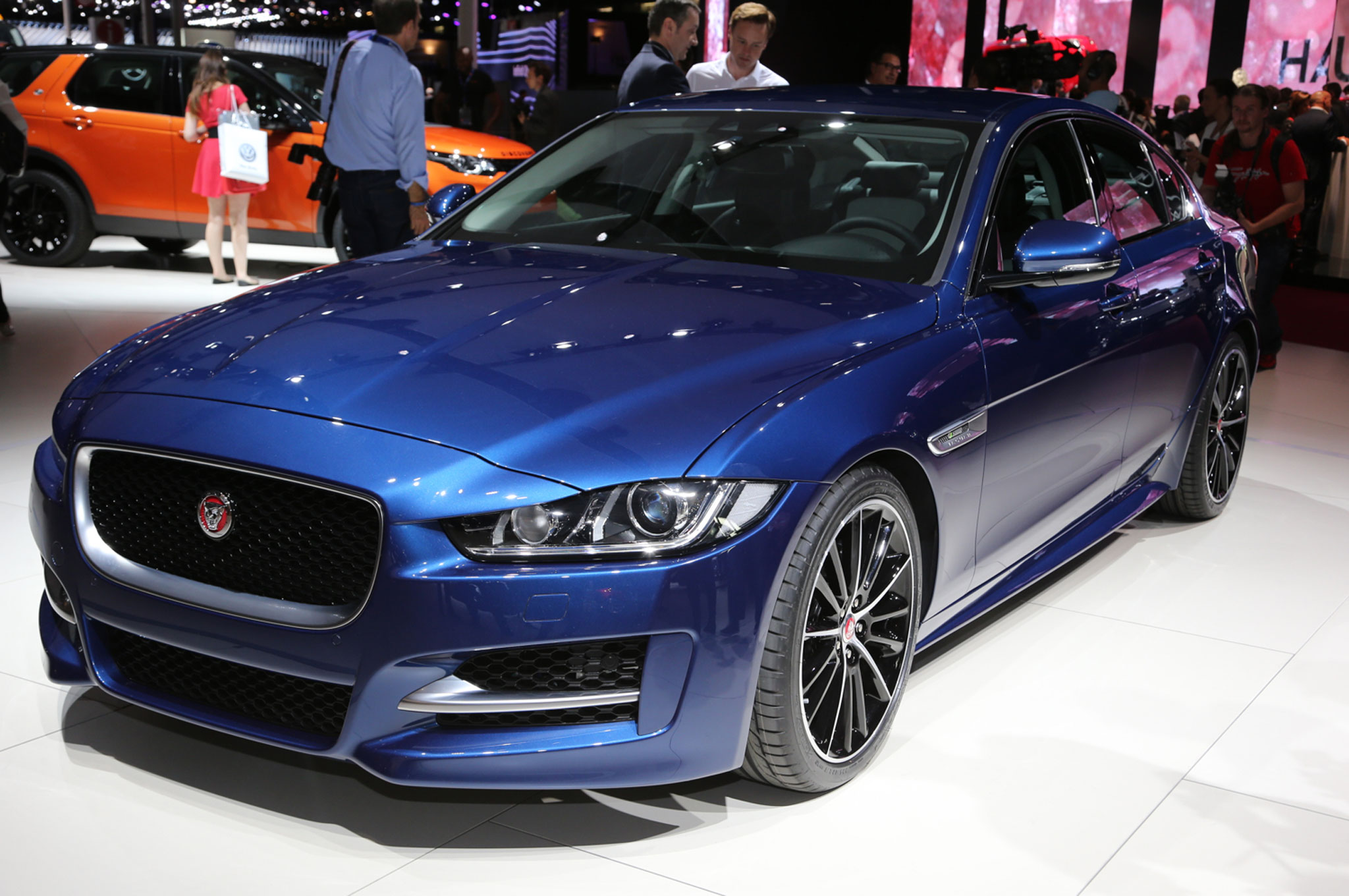 2017 jaguar xe first look the most important car in jaguar 39 s history. Black Bedroom Furniture Sets. Home Design Ideas