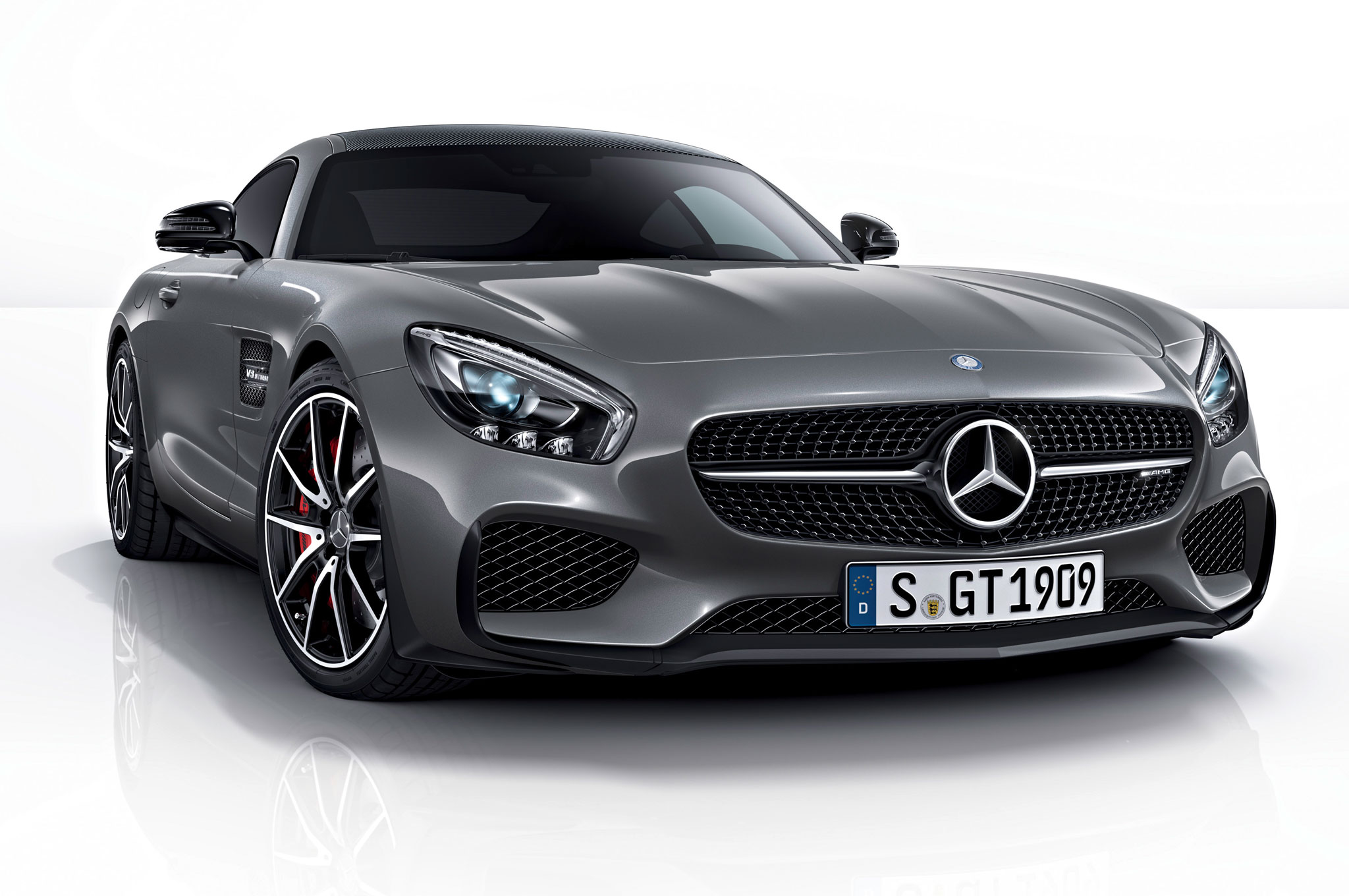 2016 mercedes amg gt kicks off with edition 1 model. Black Bedroom Furniture Sets. Home Design Ideas