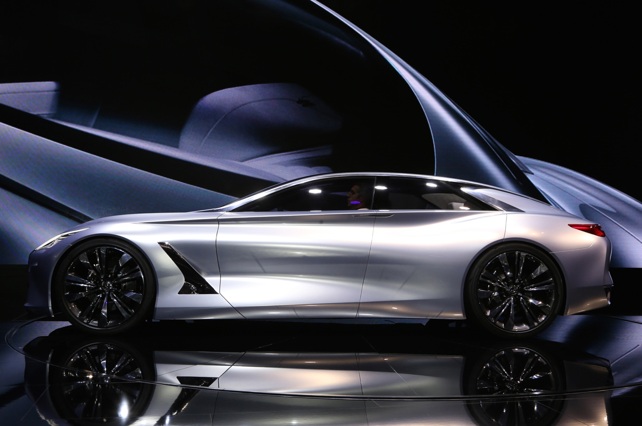 infiniti q80 inspiration concept previews upcoming flagship model. Black Bedroom Furniture Sets. Home Design Ideas