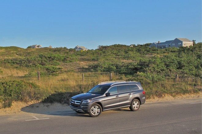 2013 Mercedes Benz GL450 Front Left Side View