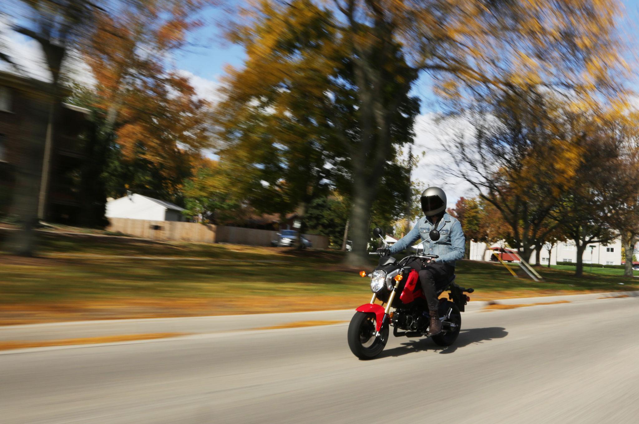 Honda Grom Gas Mileage >> 2014 Honda Grom: Around The Block