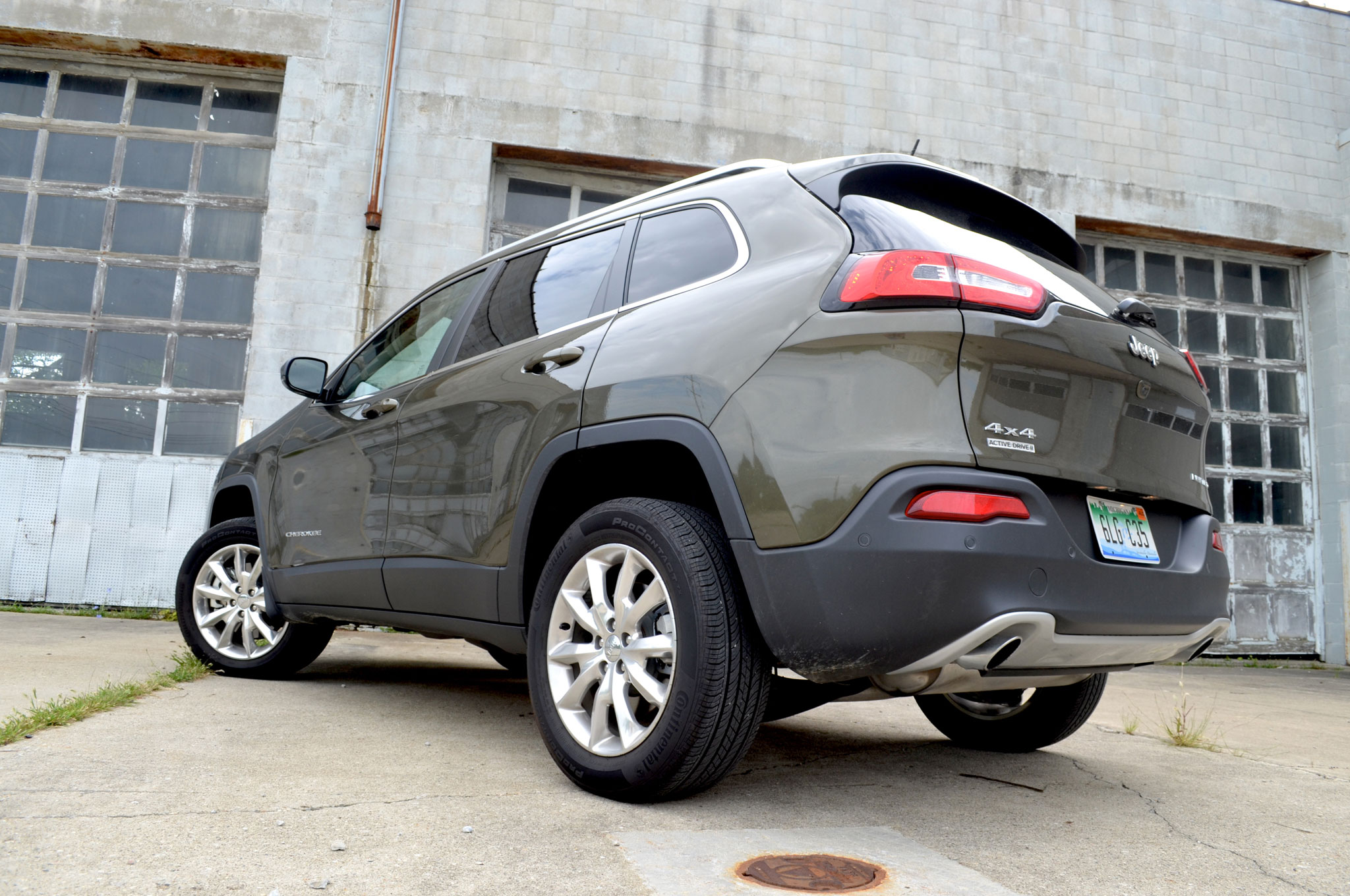 2014 jeep cherokee limited the anti trailhawk. Black Bedroom Furniture Sets. Home Design Ideas