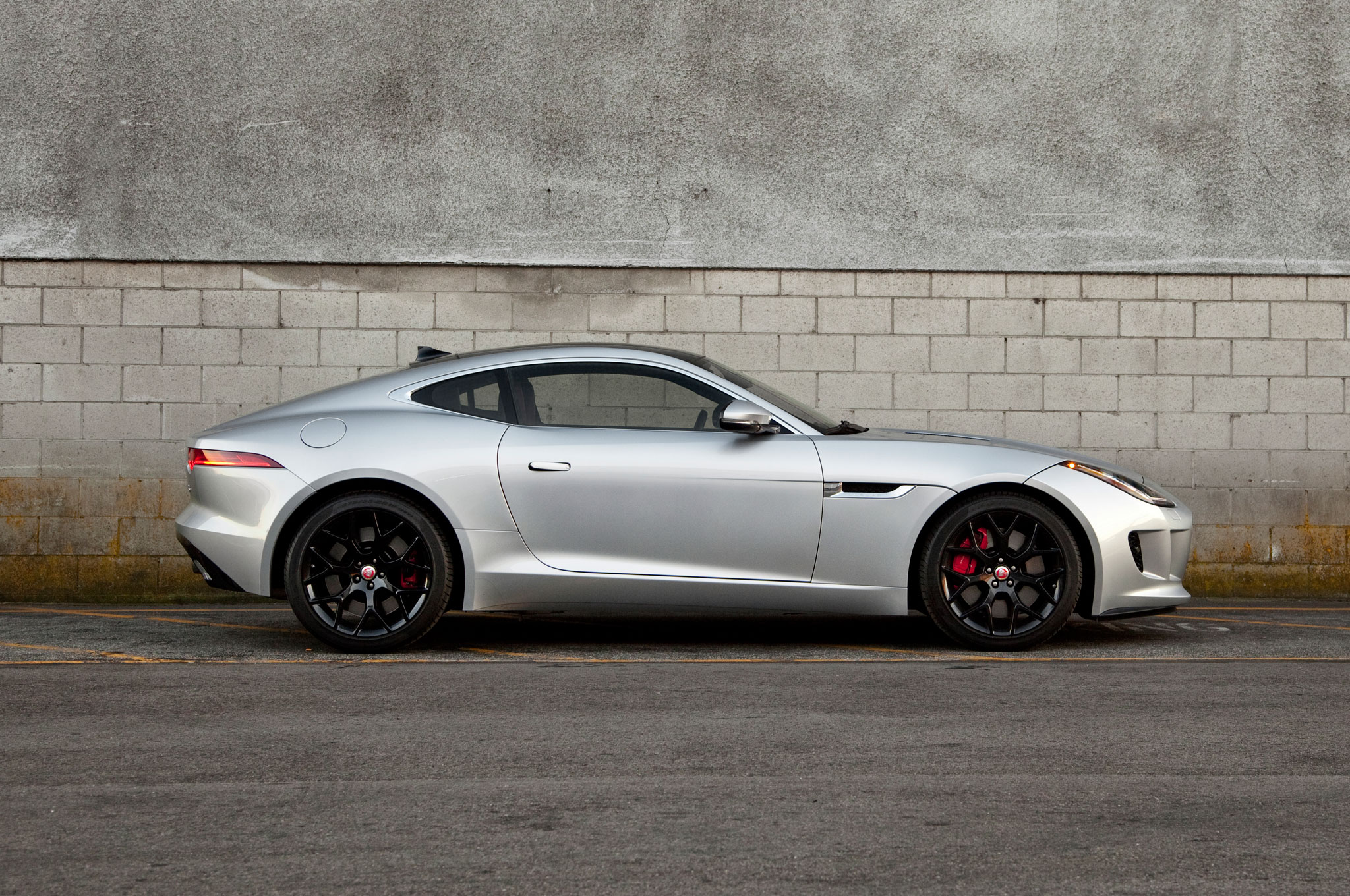 2015 jaguar f type s coupe four seasons wrap up automobile magazine. Black Bedroom Furniture Sets. Home Design Ideas