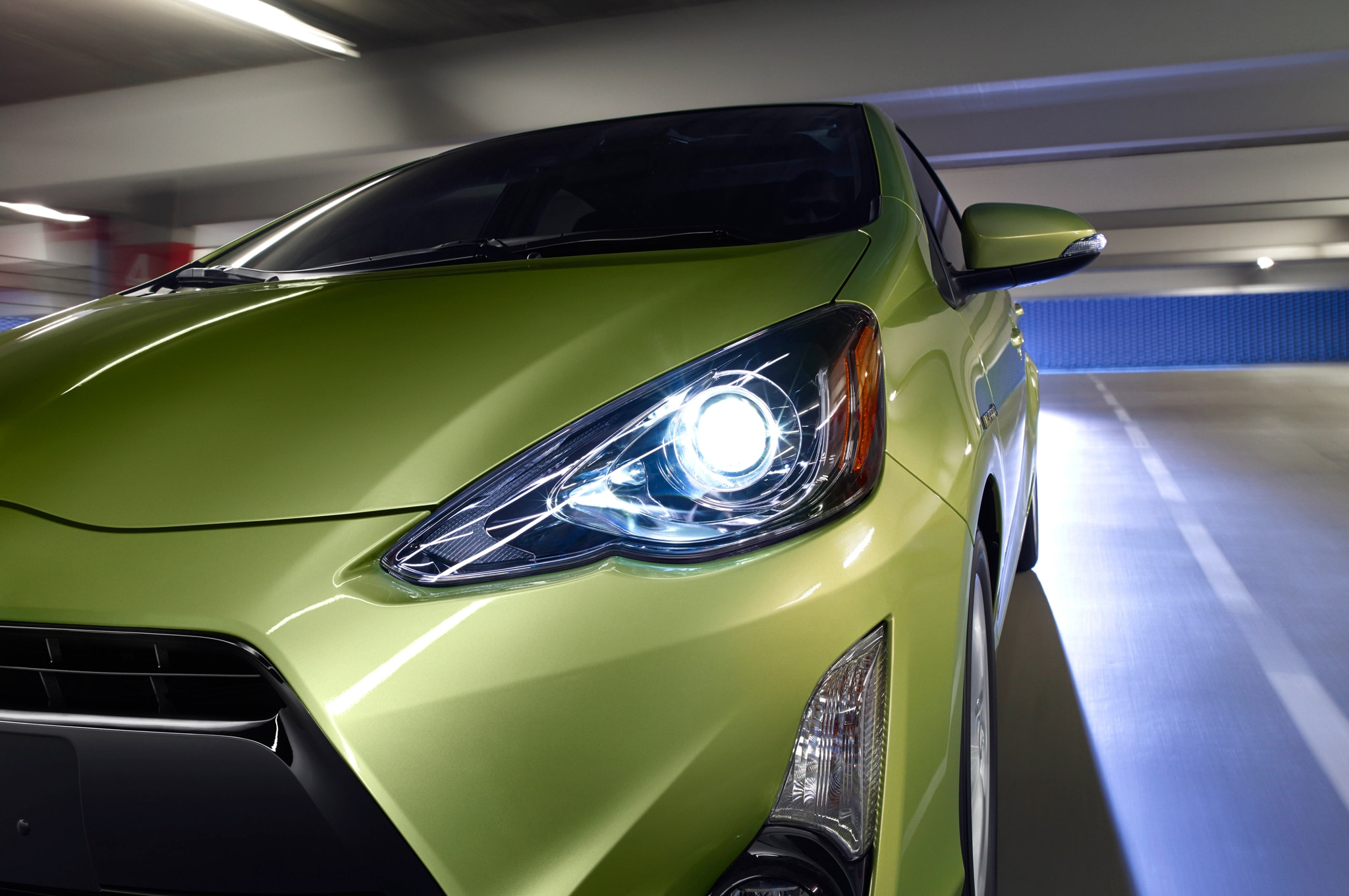 reviews prius c rating and toyota trend cars motor steering