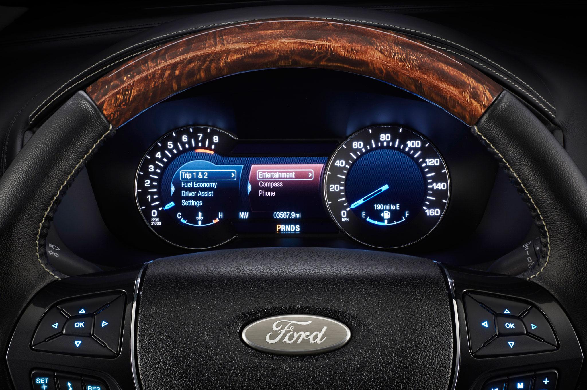 2014 Ford Explorer Xlt >> 2016 Ford Explorer Adds Platinum Trim and New Engine for L.A. Debut