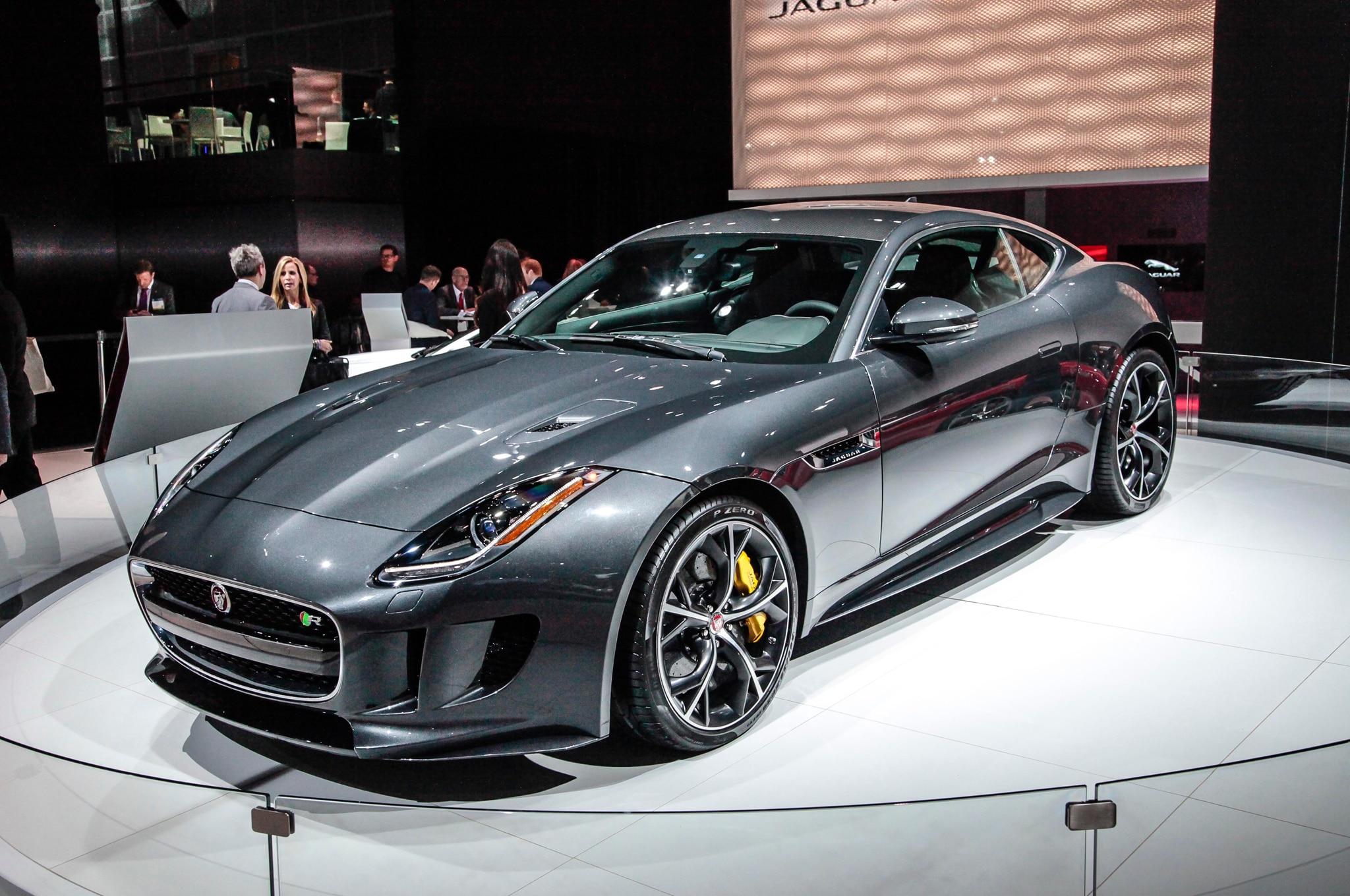2016 jaguar f type adds manual transmission awd. Black Bedroom Furniture Sets. Home Design Ideas