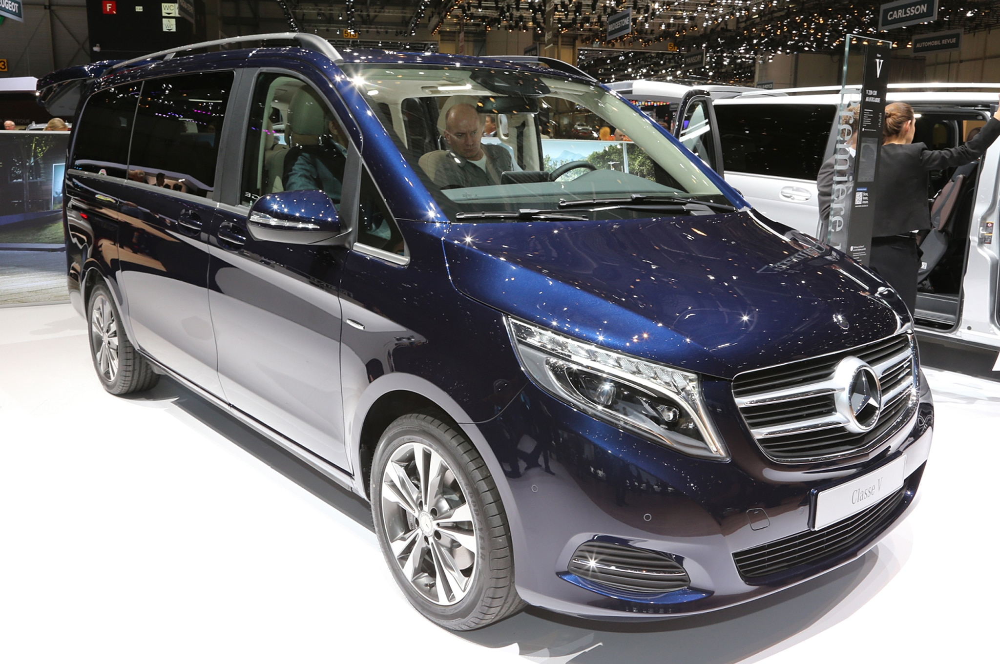 2016 mercedes benz metris van coming to u s previewed at sema. Black Bedroom Furniture Sets. Home Design Ideas