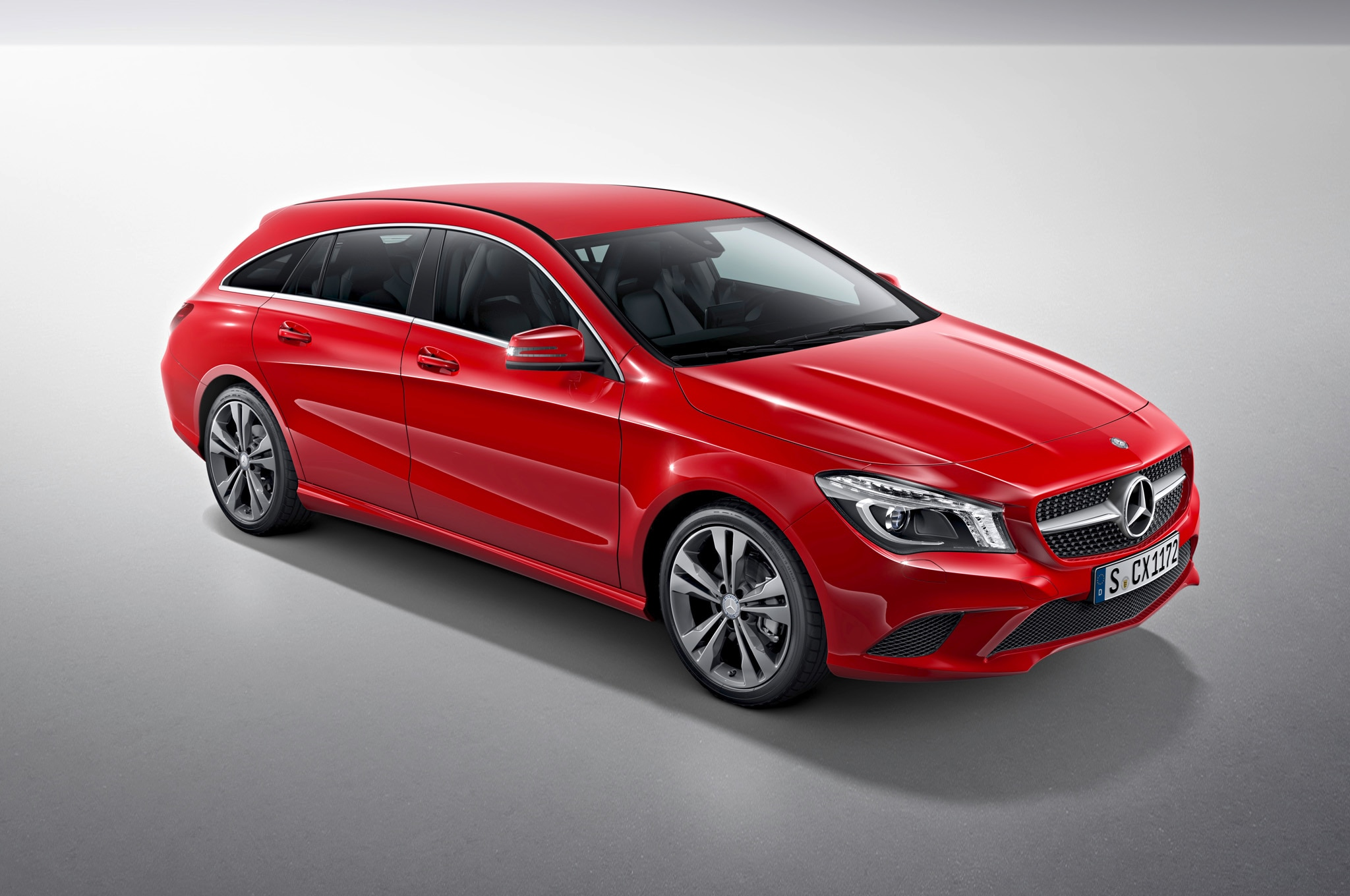 mercedes benz cla shooting brake debuts for europe. Black Bedroom Furniture Sets. Home Design Ideas