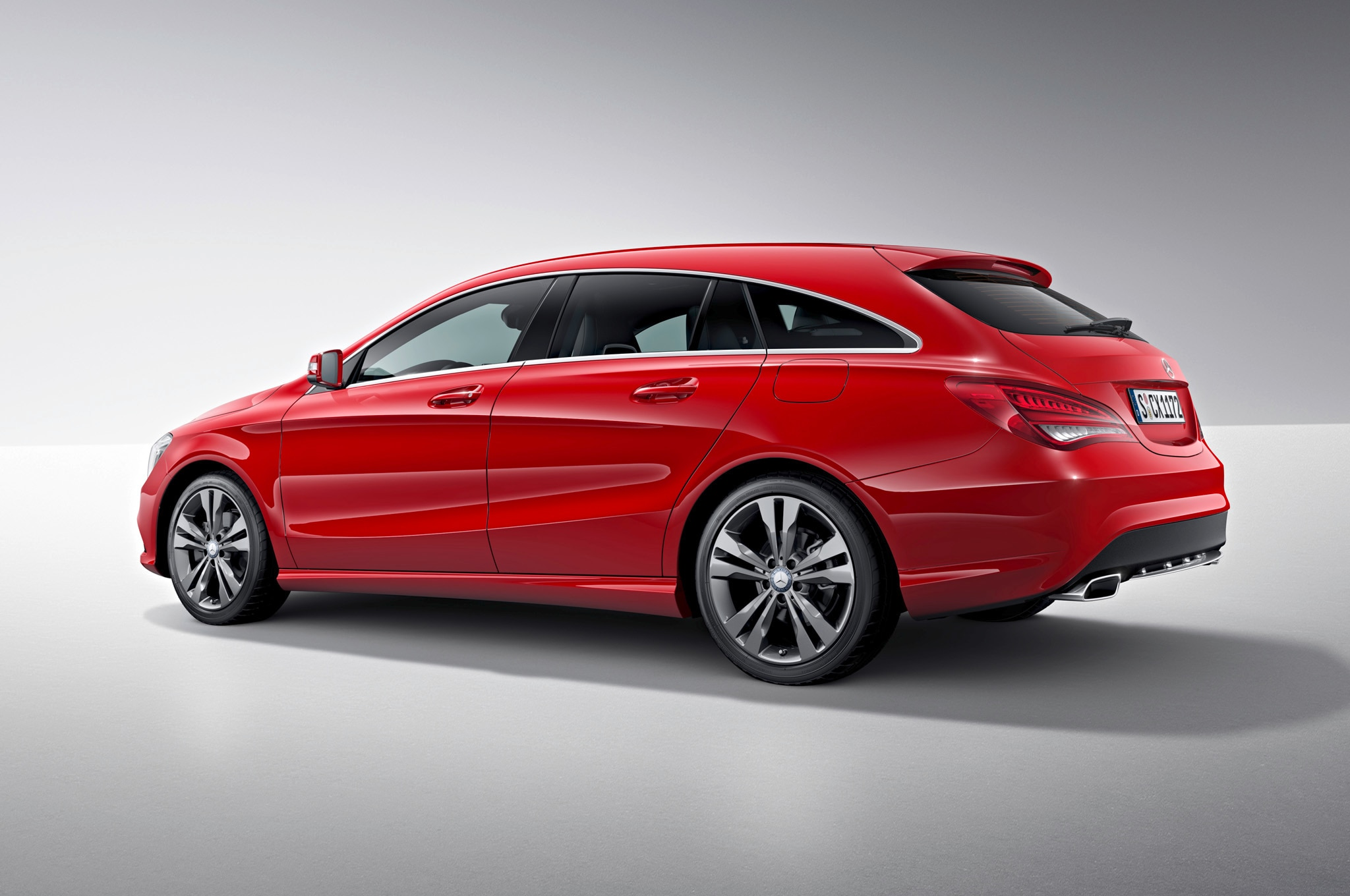 Mercedes benz cla shooting brake debuts for europe for Mercedes benze cla